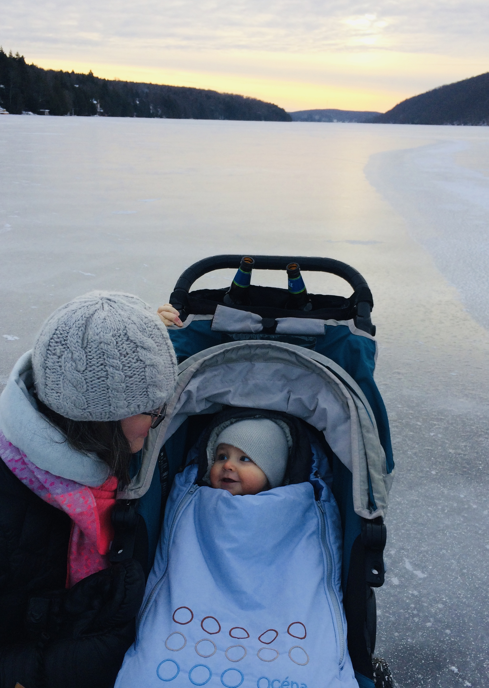 a new year's eve stroll on the lake by our rental cottage. though the stay didn't go as expected, we had a really sweet afternoon en famille!