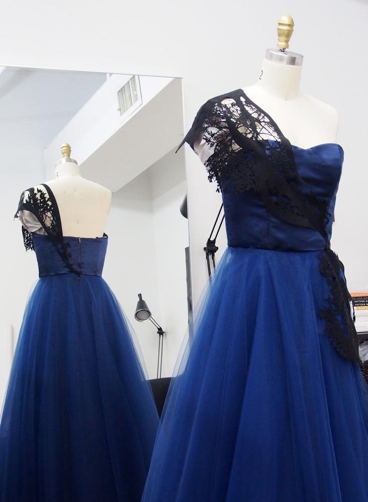 Dress details