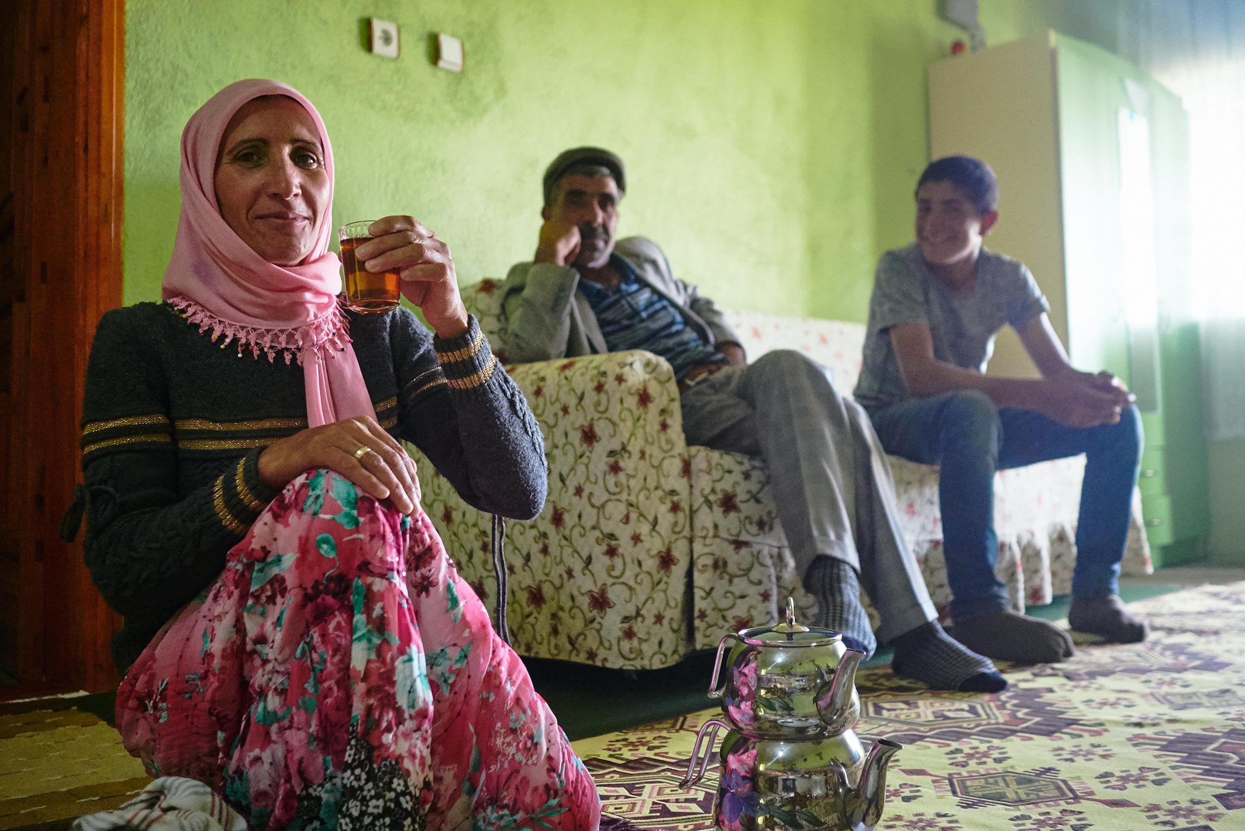 Neira, Mustafa and their neighbour