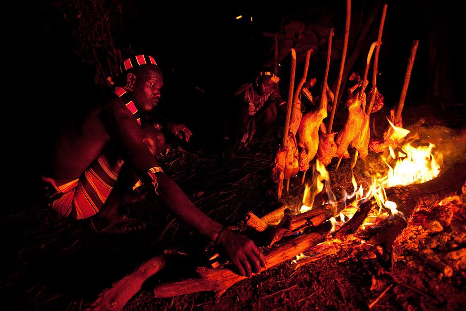 Hamer man making goat barbeque