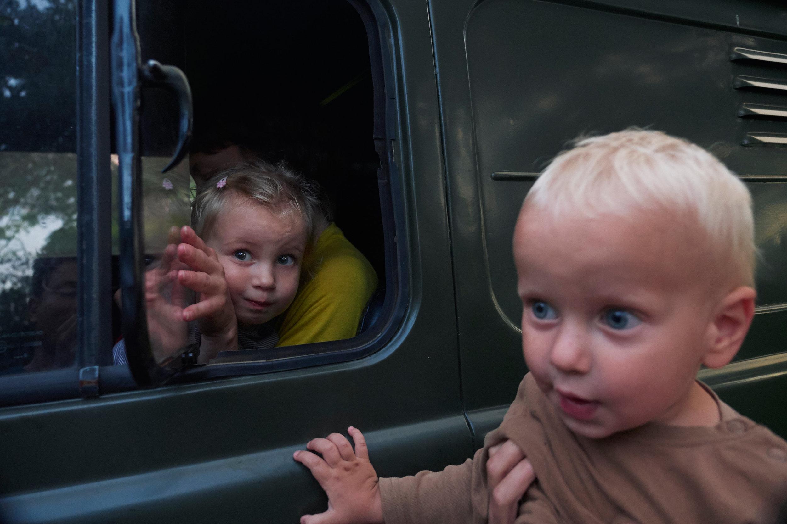 Braslav-Belarus-UAZ-van-with-children