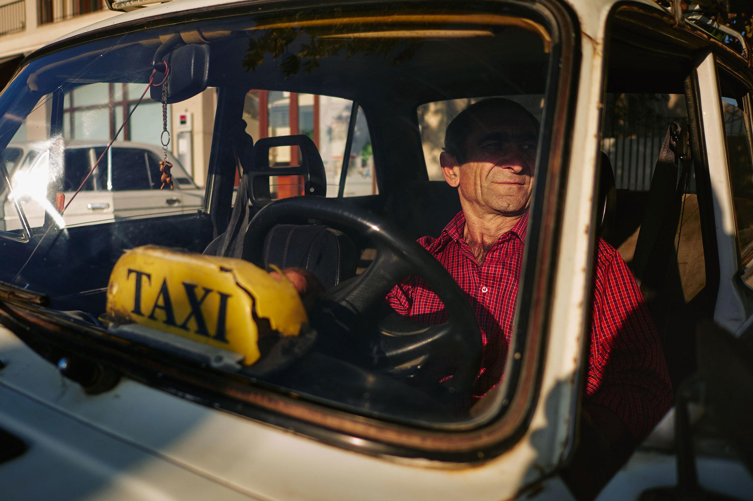 Georgia-Signakhi-taxi-driver