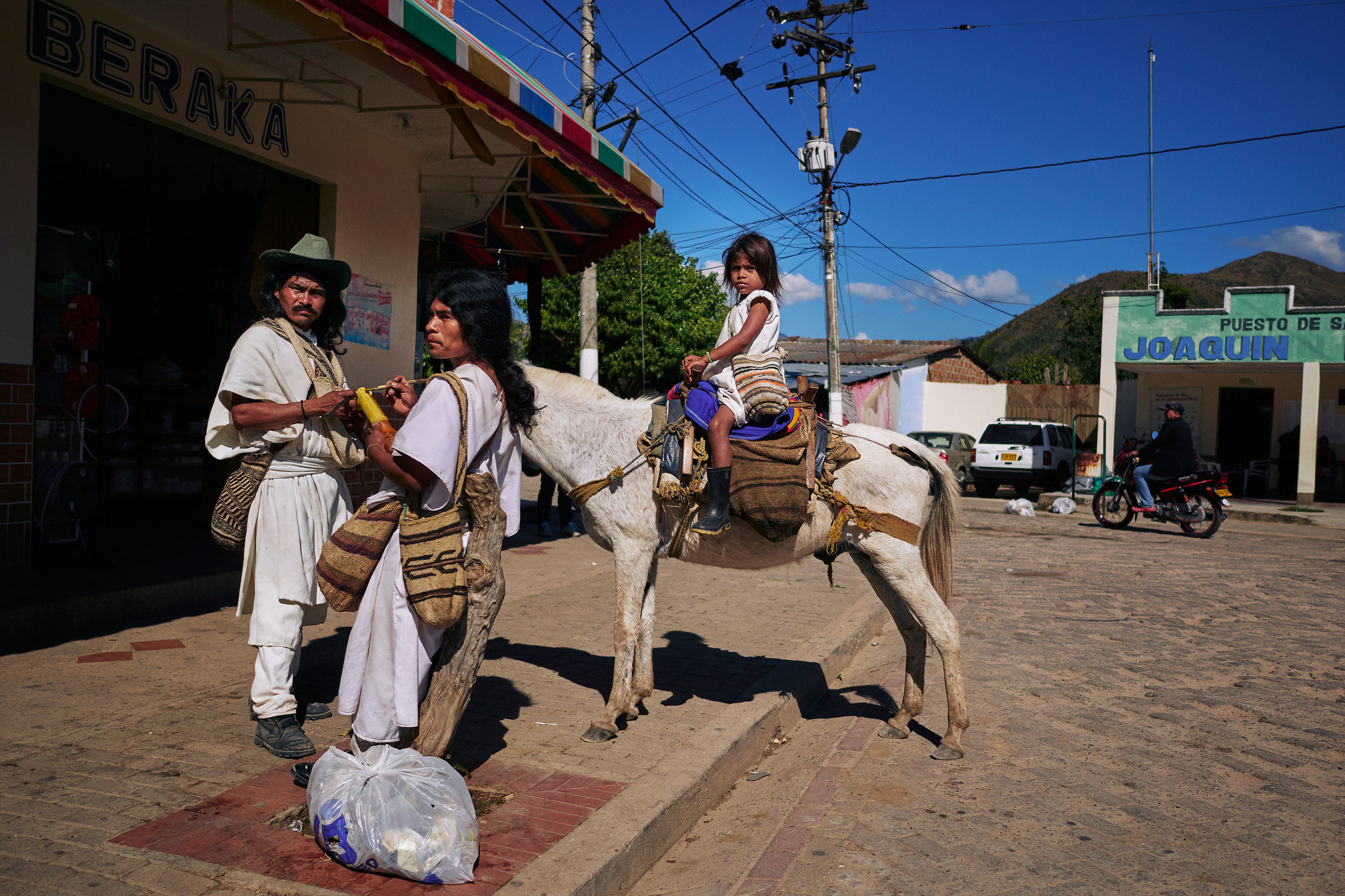 Colombia-travel-Pueblo-Bello-street-scene