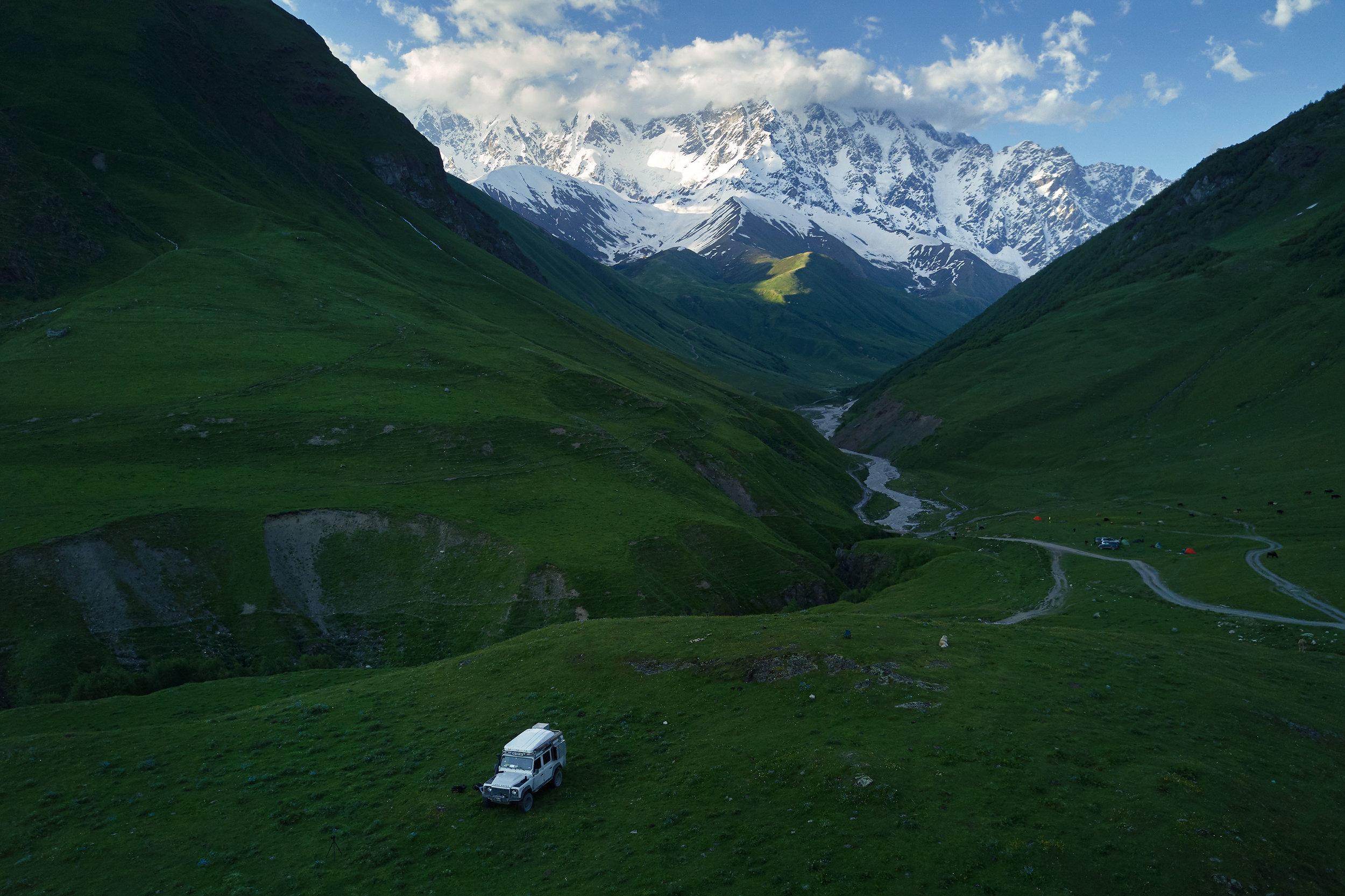 Shkhara-Ushguli-Svaneti-Georgia-Landrover
