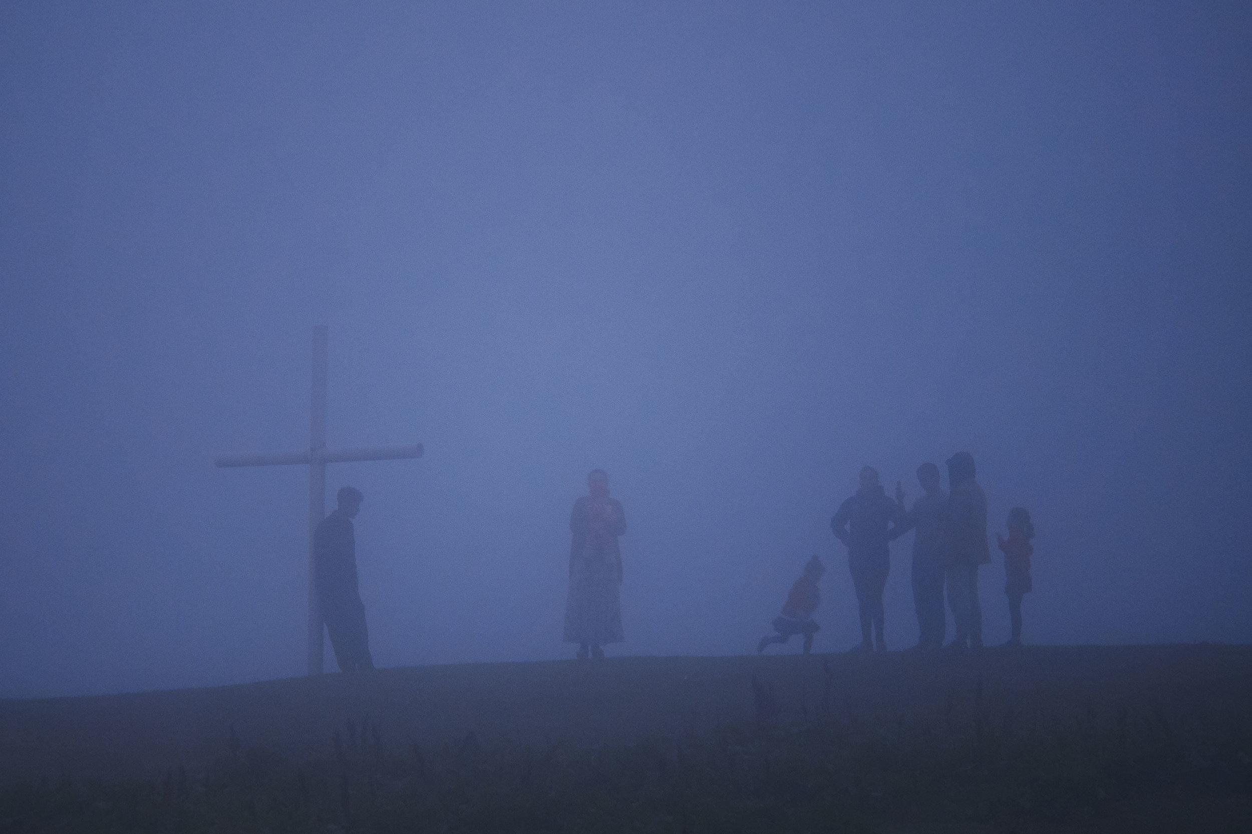 Bakhmaro-Georgia-villagers-in-fog