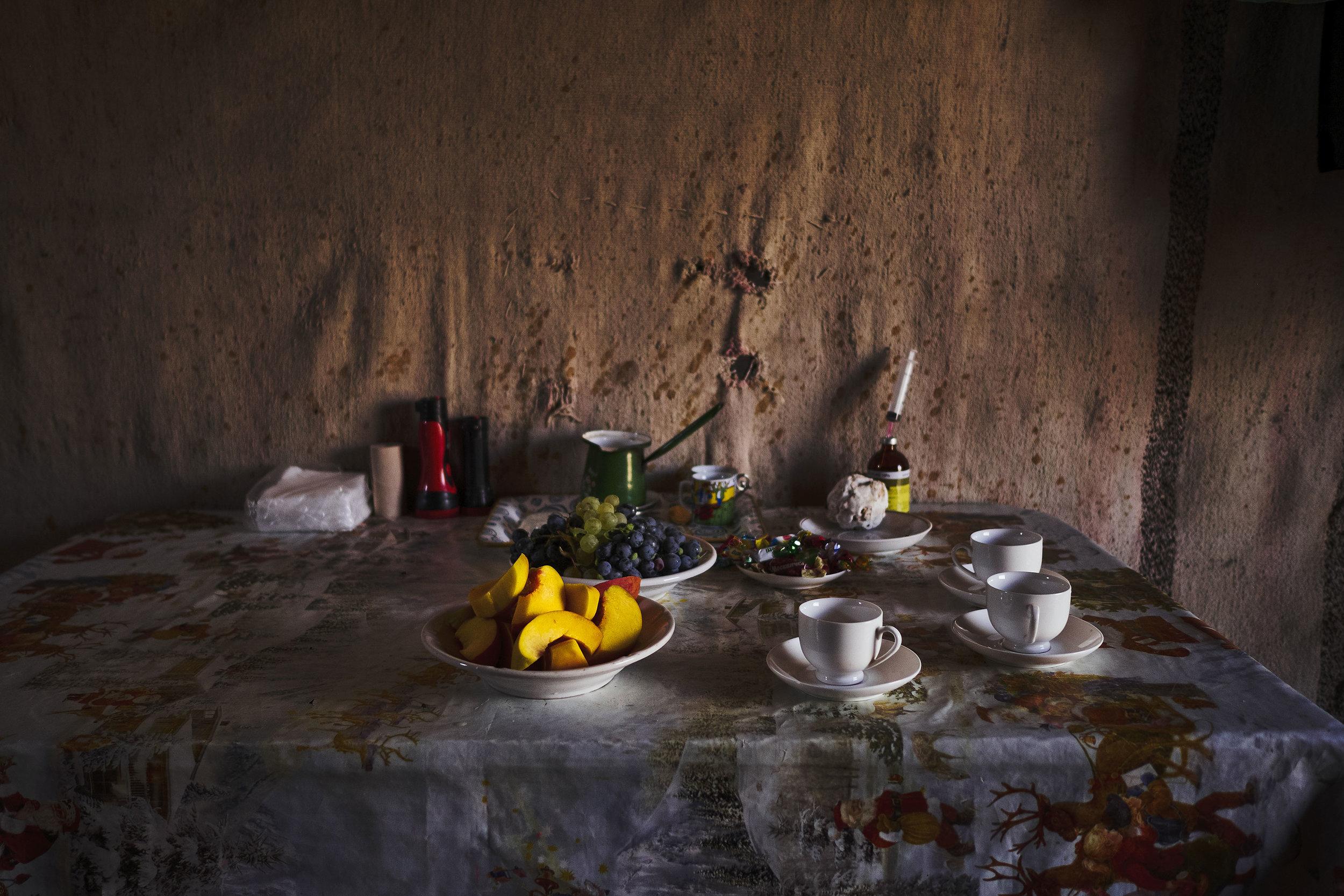 Armenia-Vayots-Sar-full-table-shepherds