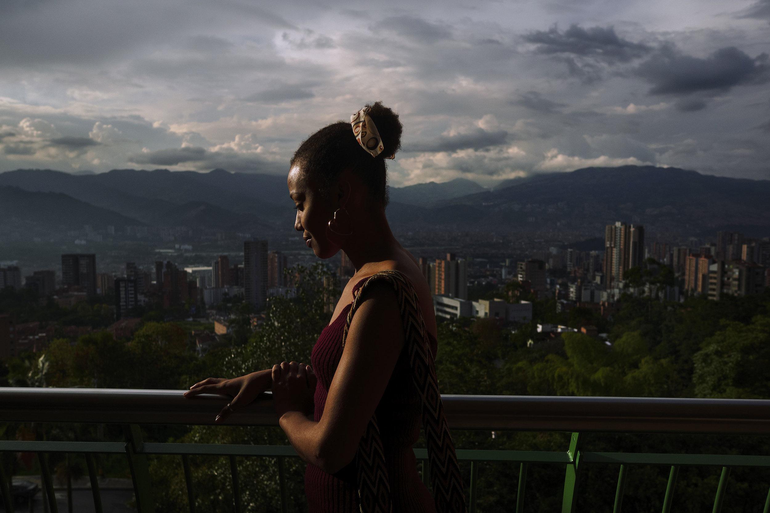 Girl-Medellin-view