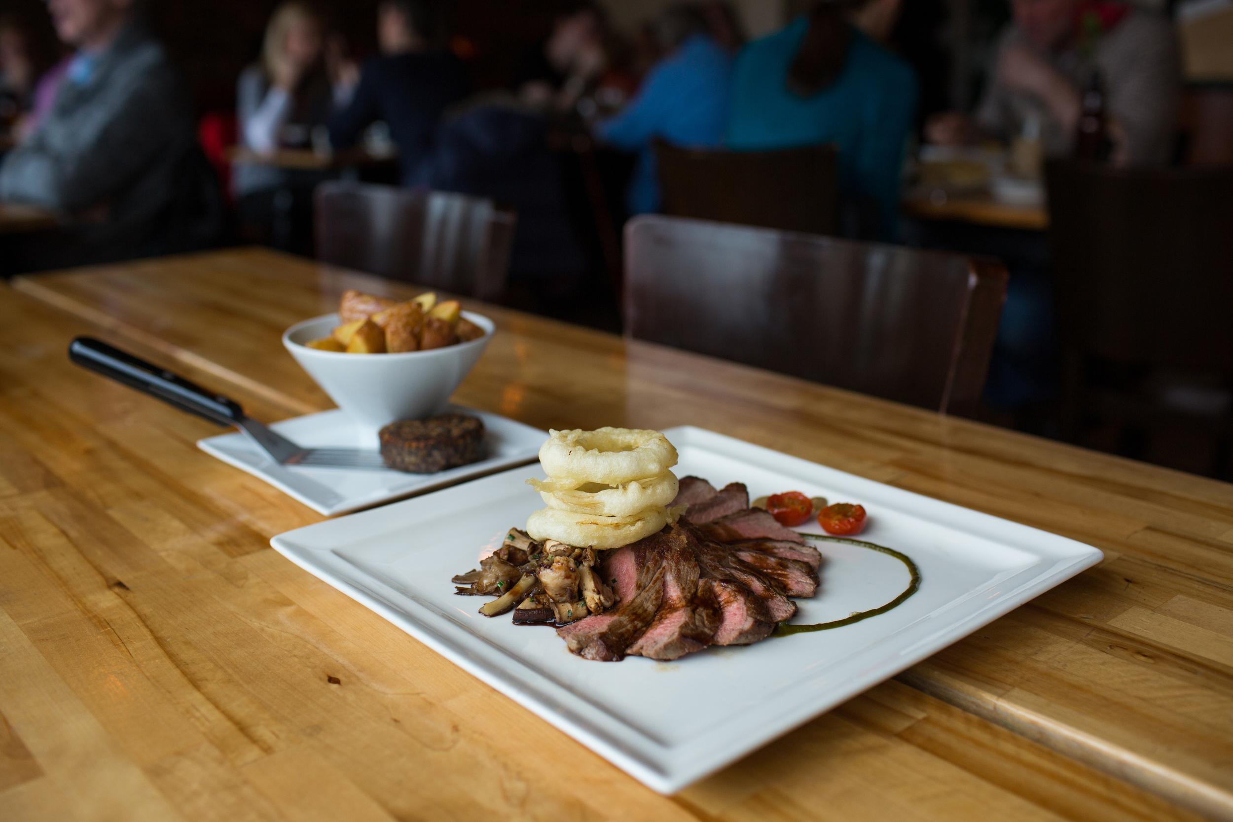 papamacs-gourmet-kitchen-restaurant-johnstone-renfrewshire-steak-night-beef-sirloin.jpg