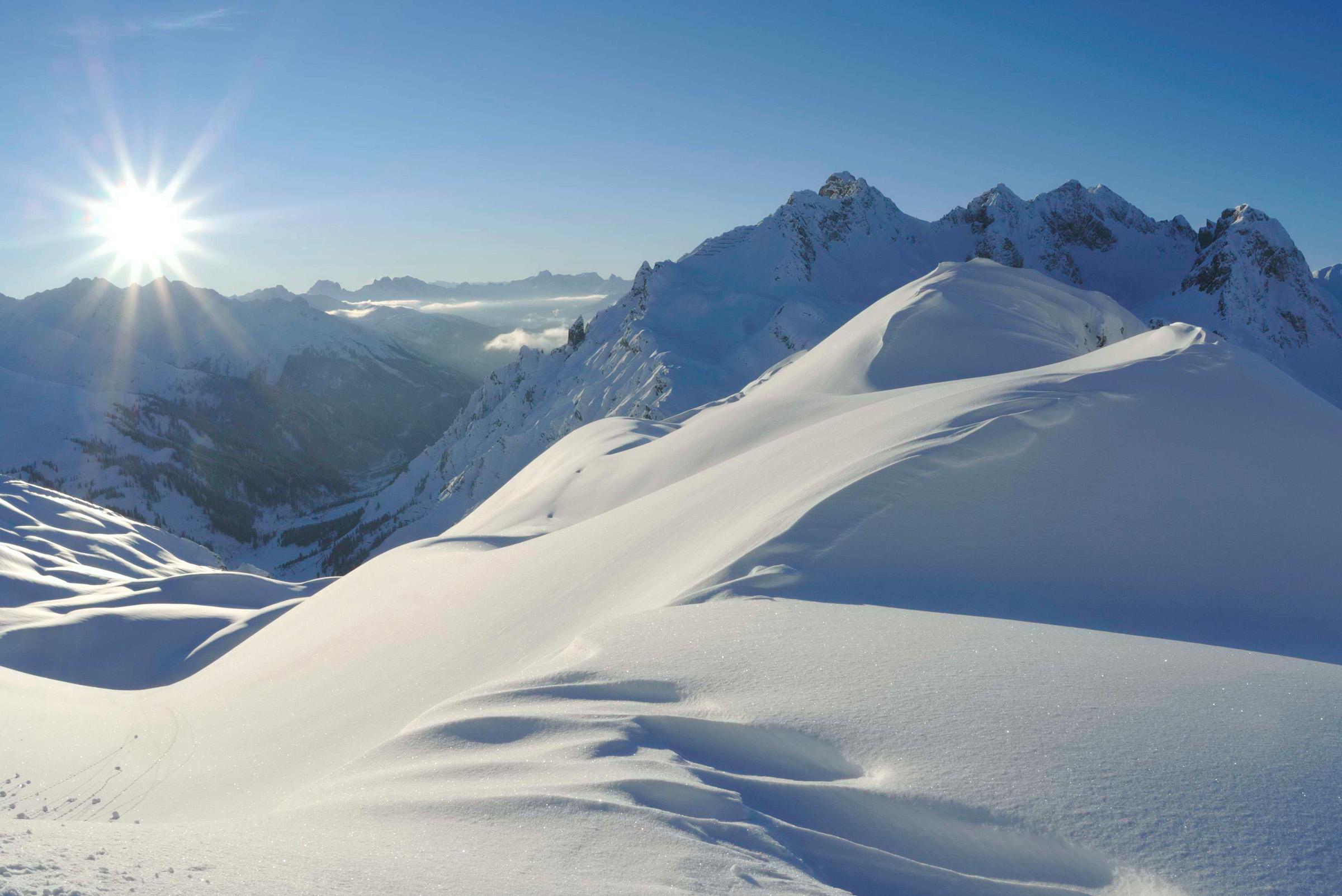 lech-zuers-am-arlberg-erzbergspitze-by-sepp-mallaun-c-lztg.jpg