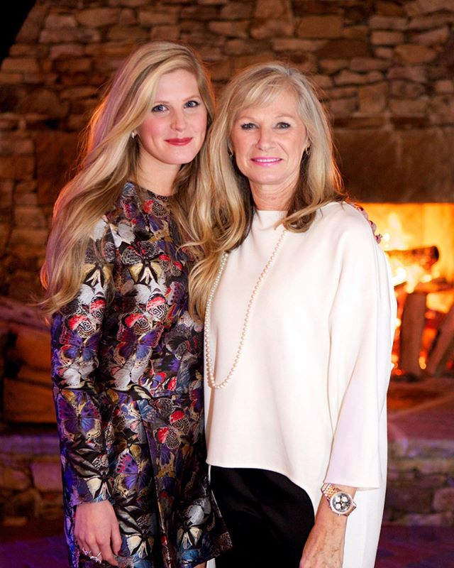 Happy Mothers Day to my best friend! You complete me. You are beyond amazing. Thank you for being you 1,000,000,000 x over @janlcarlson! #happy #mothersday