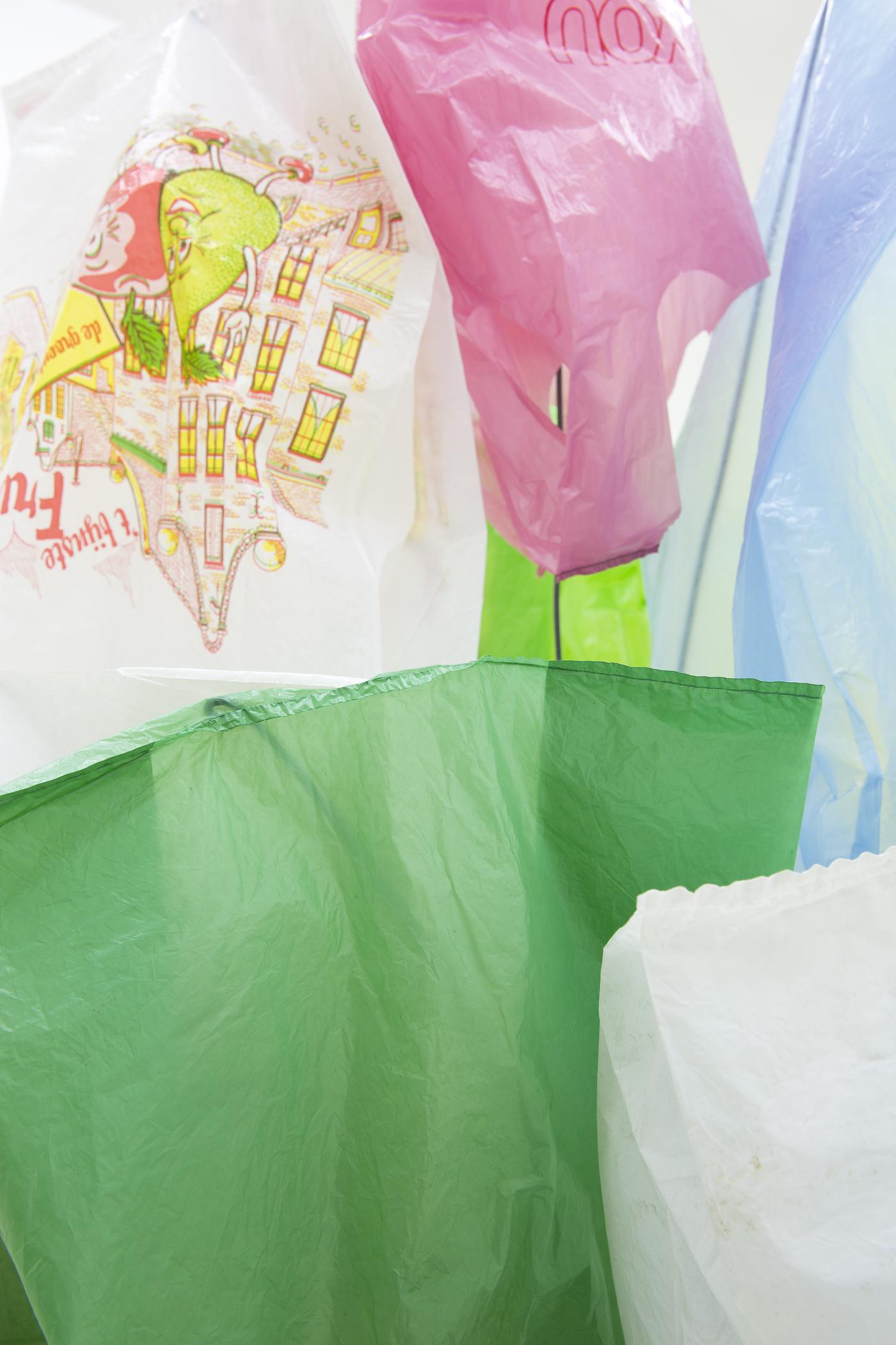 Bunch #4, 1996, Metal, wood, wire, enamel paint, plastic bags, ca. 250 cm high (Detail)