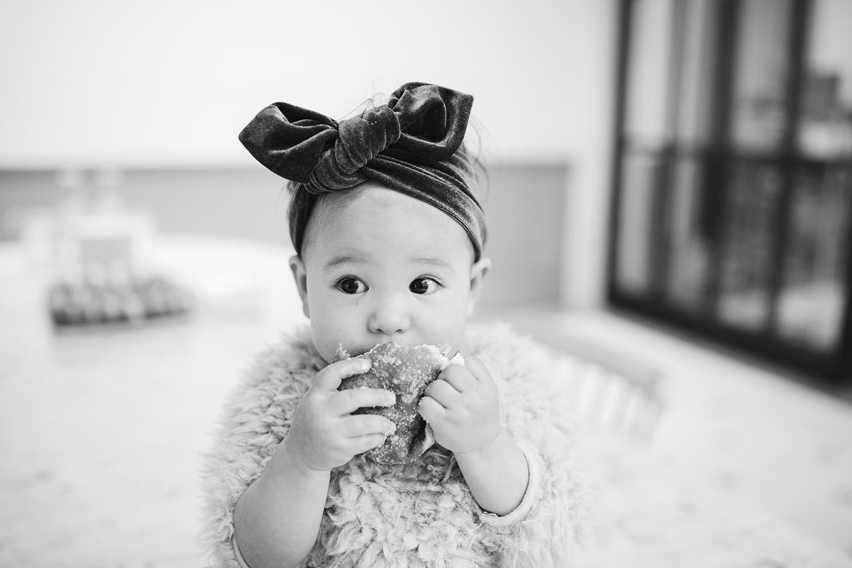 catie-bergman-seattlefamily-seattle-family-general-porpoise-pnw-first-birthday-lifestylephotography-catie-bergman-photography-pnw-newborn-portrait-lifestylephotography_0155.jpg