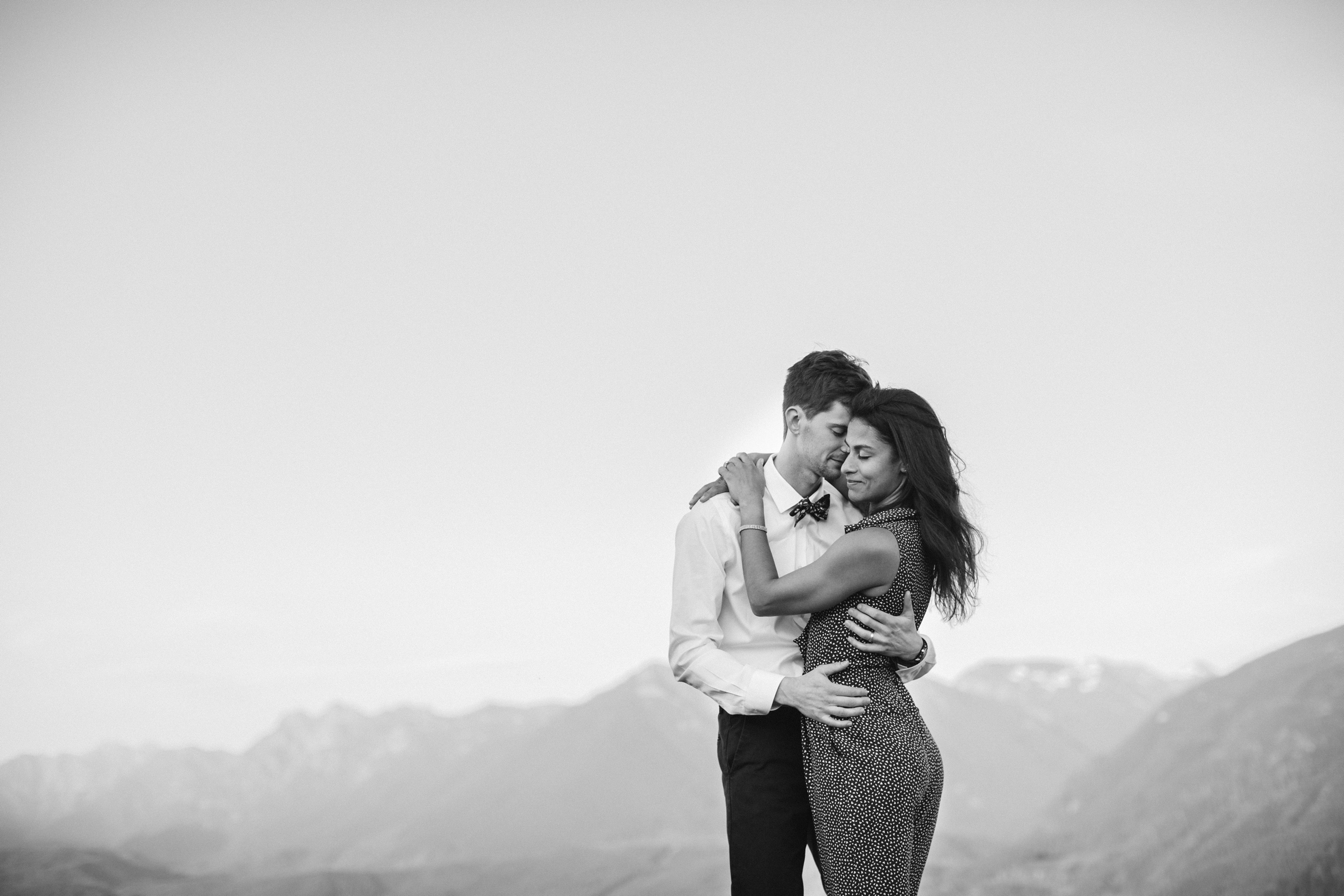 adventure-mountain-top-elopement-photographer-pnw-seattle-washington-wedding-engagement-hike-photography-catie-bergman_0019.jpg