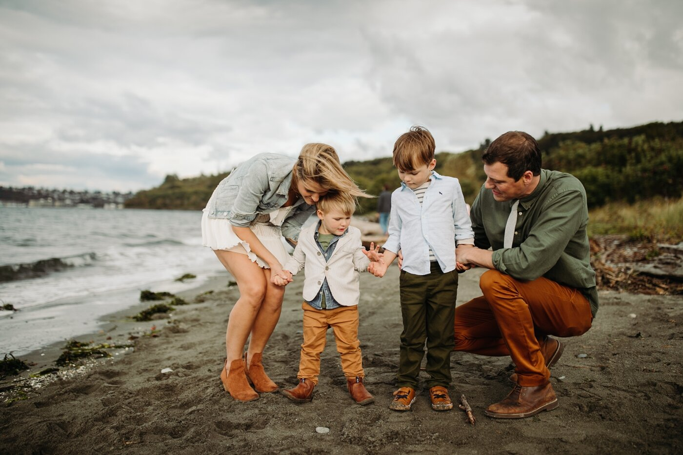 seattle-family-lifestyle-fall-photographer-discovery-park_0234.jpg