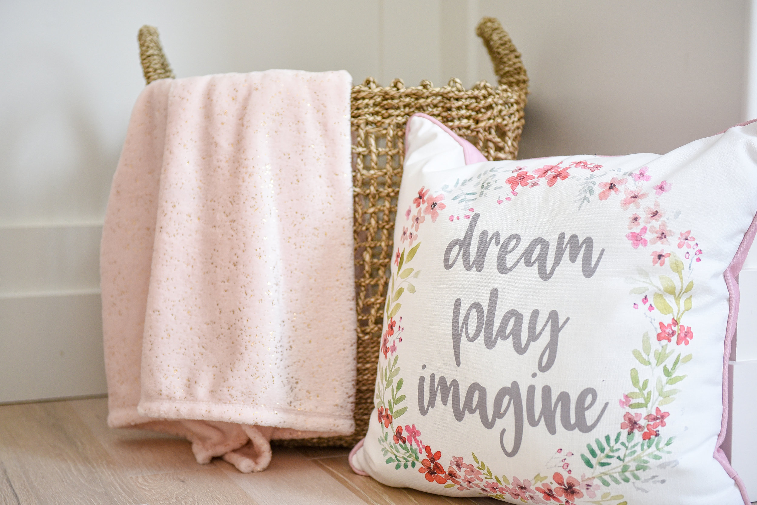Baby Room 8175.jpg