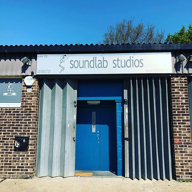 Happy Easter in the beautiful sunshine. Perfect day for 12 hours of rap and grime @blackboxhub  #studiolife #sunshine #blackbox #beats #bars #grime #easterrapday