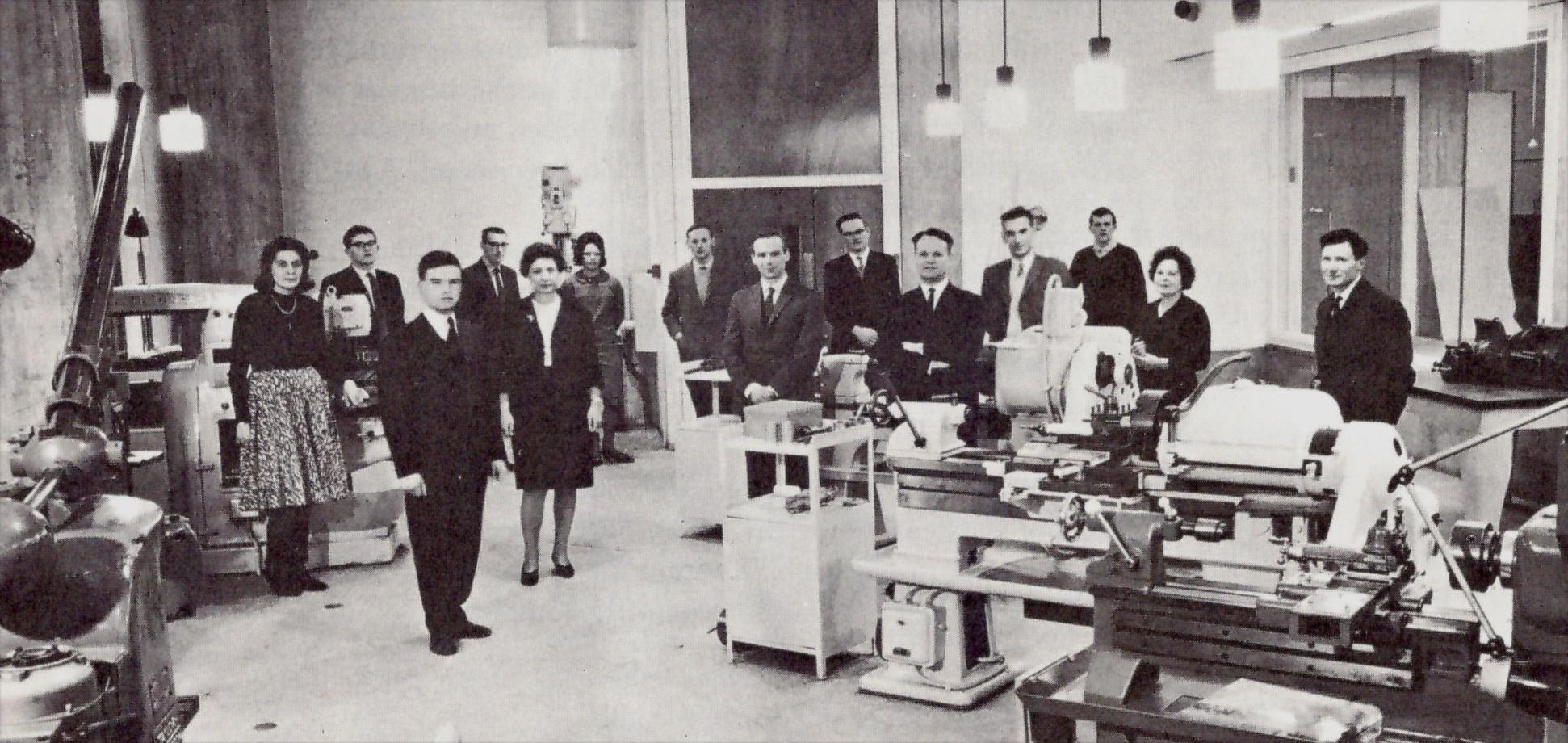 DDR_Group_Photo_pre1965.jpg