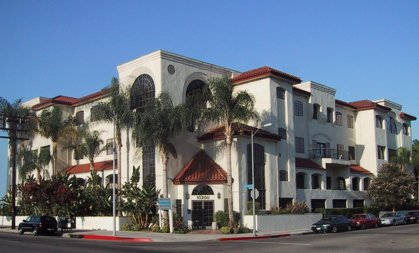 Moss VI: Mission Hills, CA  Office Building, Acquired & Renovated