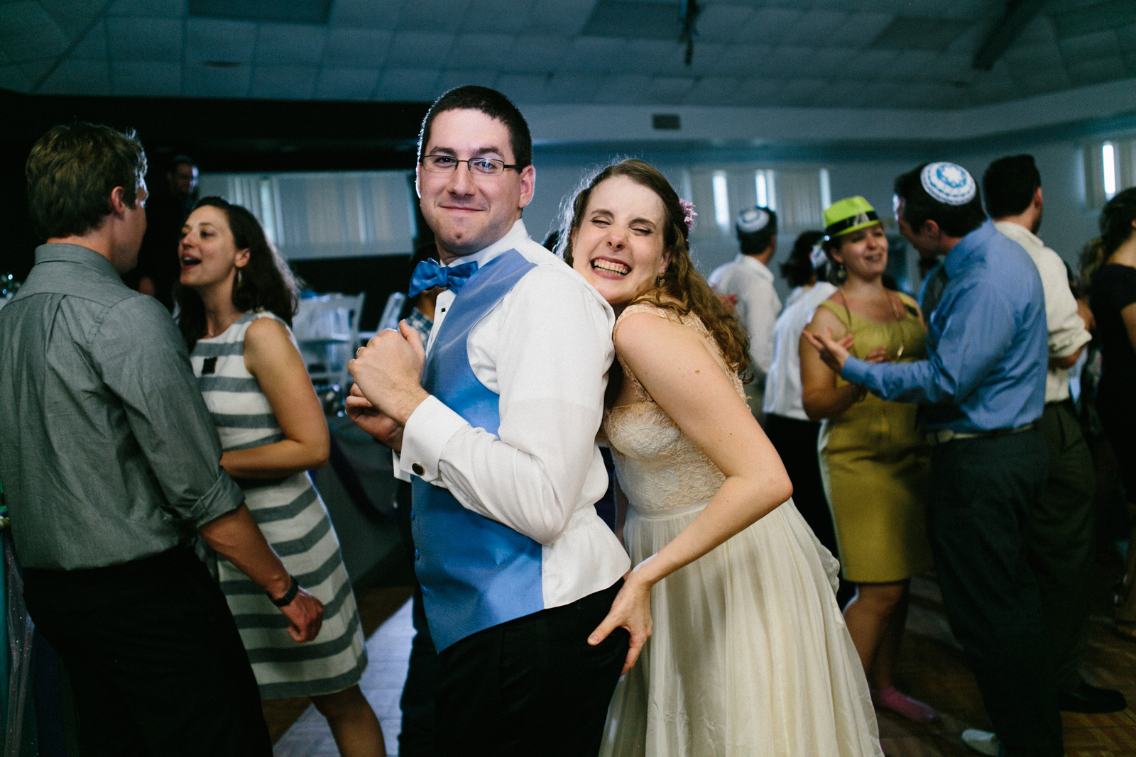 newlyweds dancing butt grab