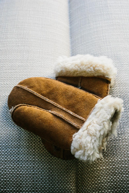 Winter elopement gloves