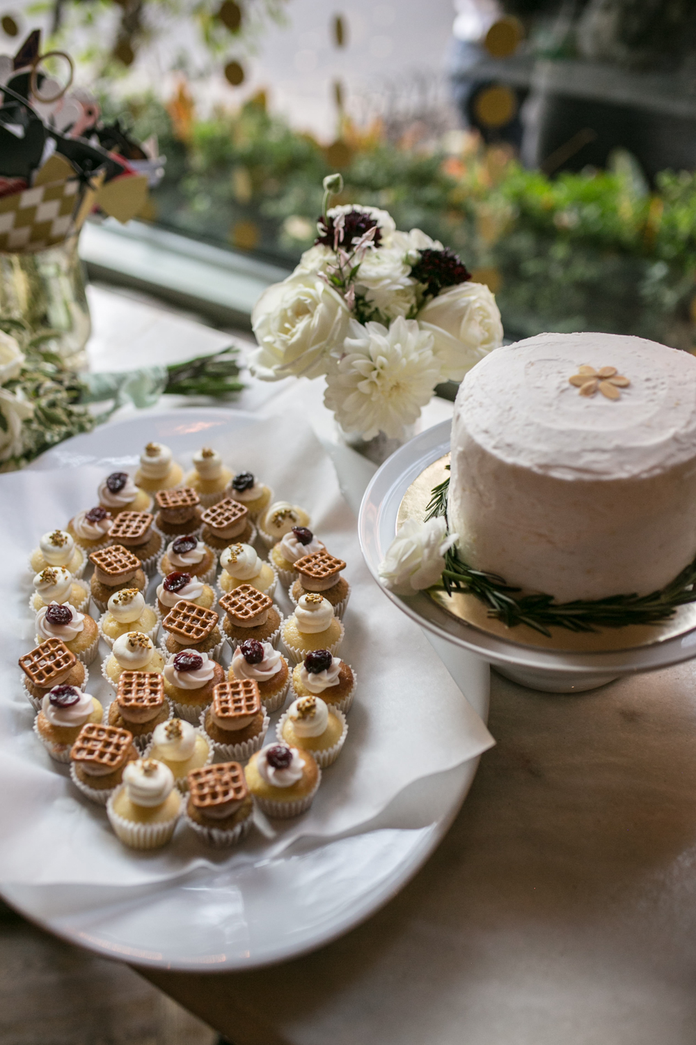 Prohibition Bakery Wedding Cupcakes