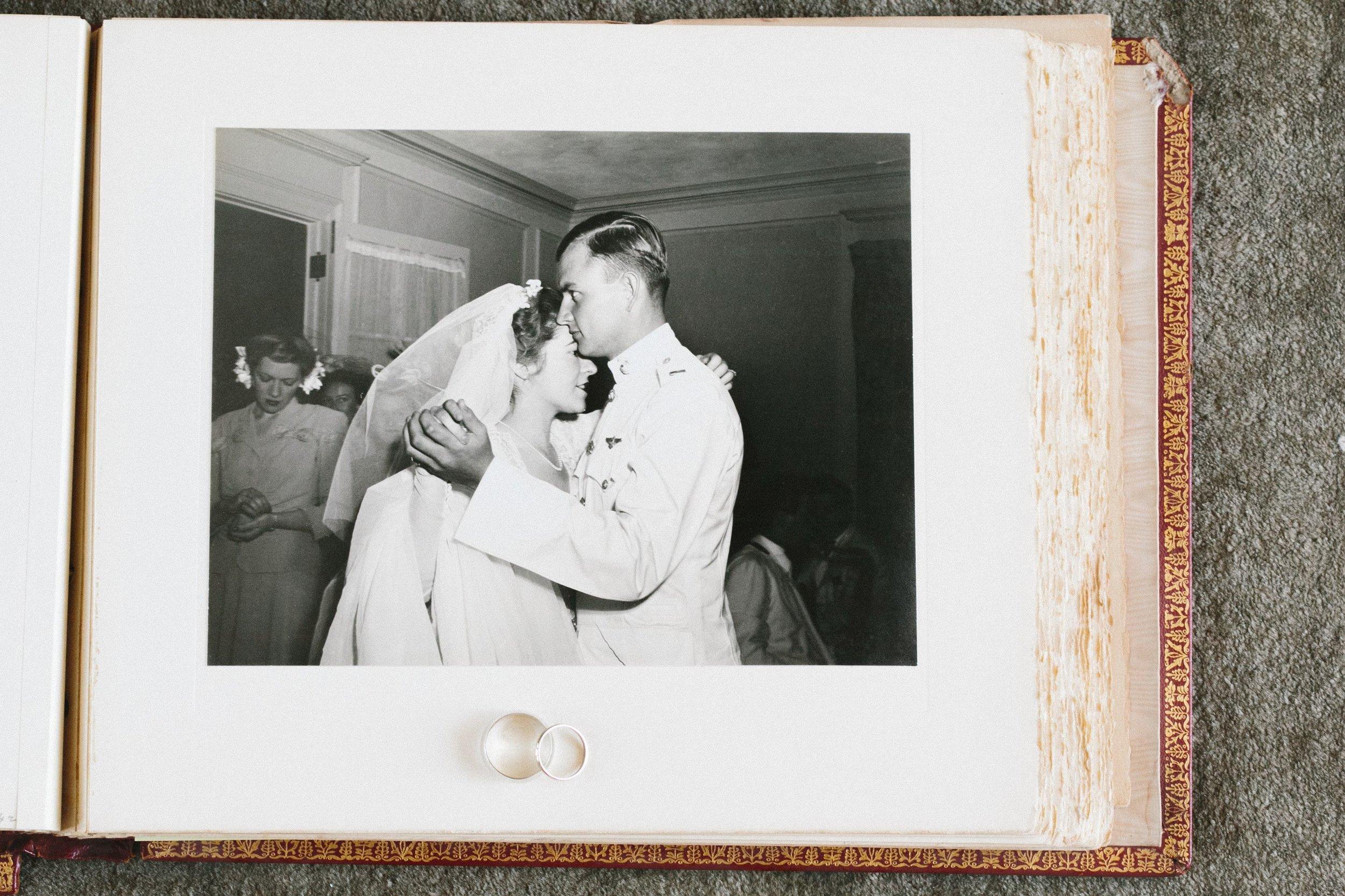 043_Momo+Drew_wedding_by_Amber_Marlow.jpg