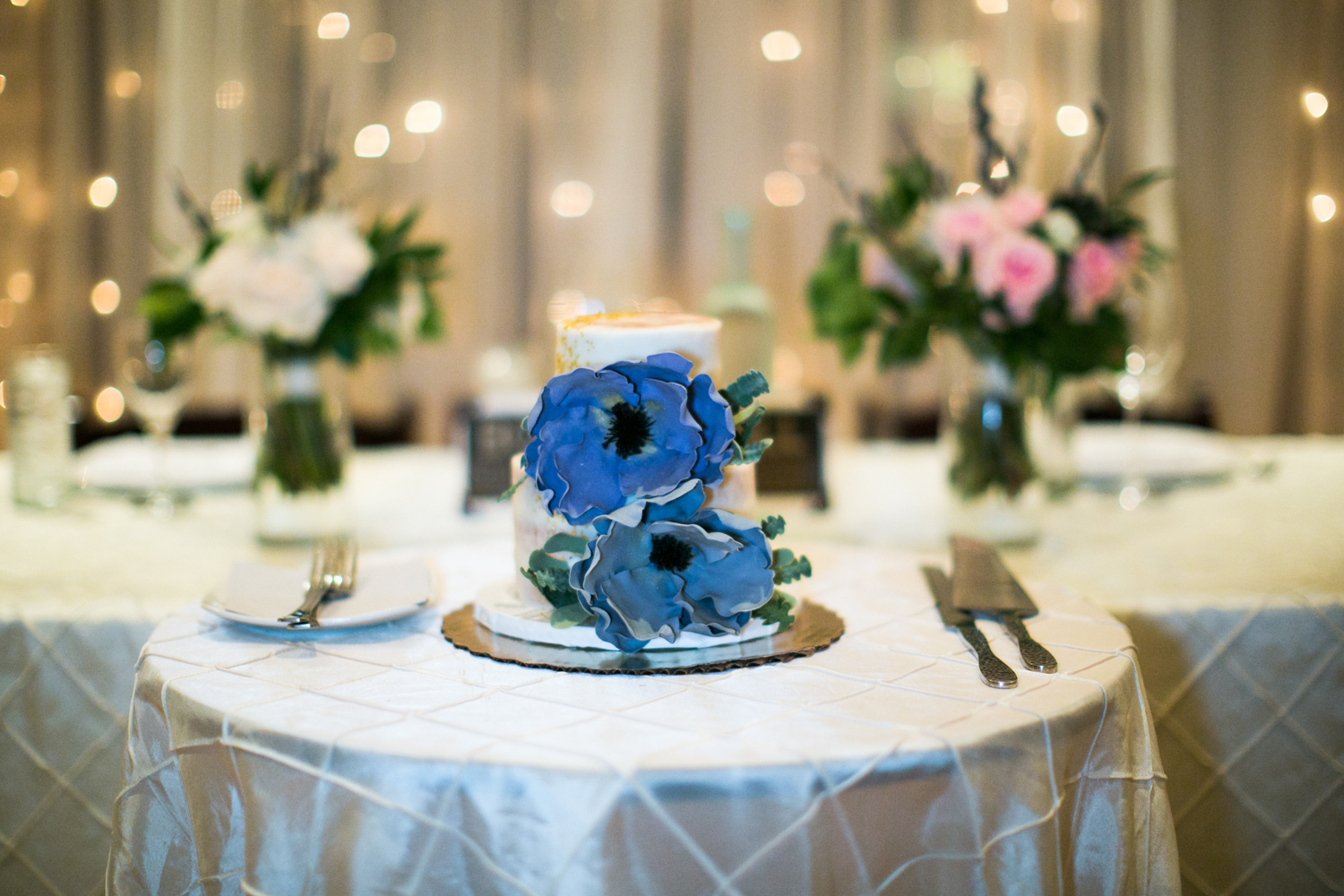 One Girl Cookies wedding cakes | photographed by Amber Marlow, NYC