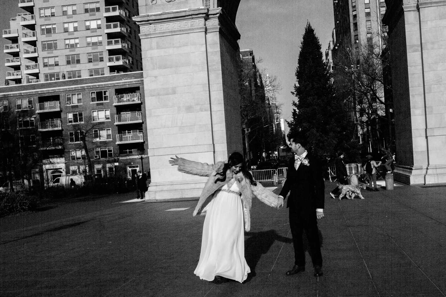 NYC Elopement Photos in Washington Square Park