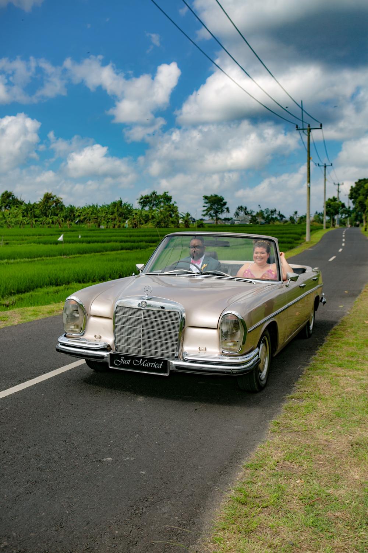 Car ride to destination wedding in Bali
