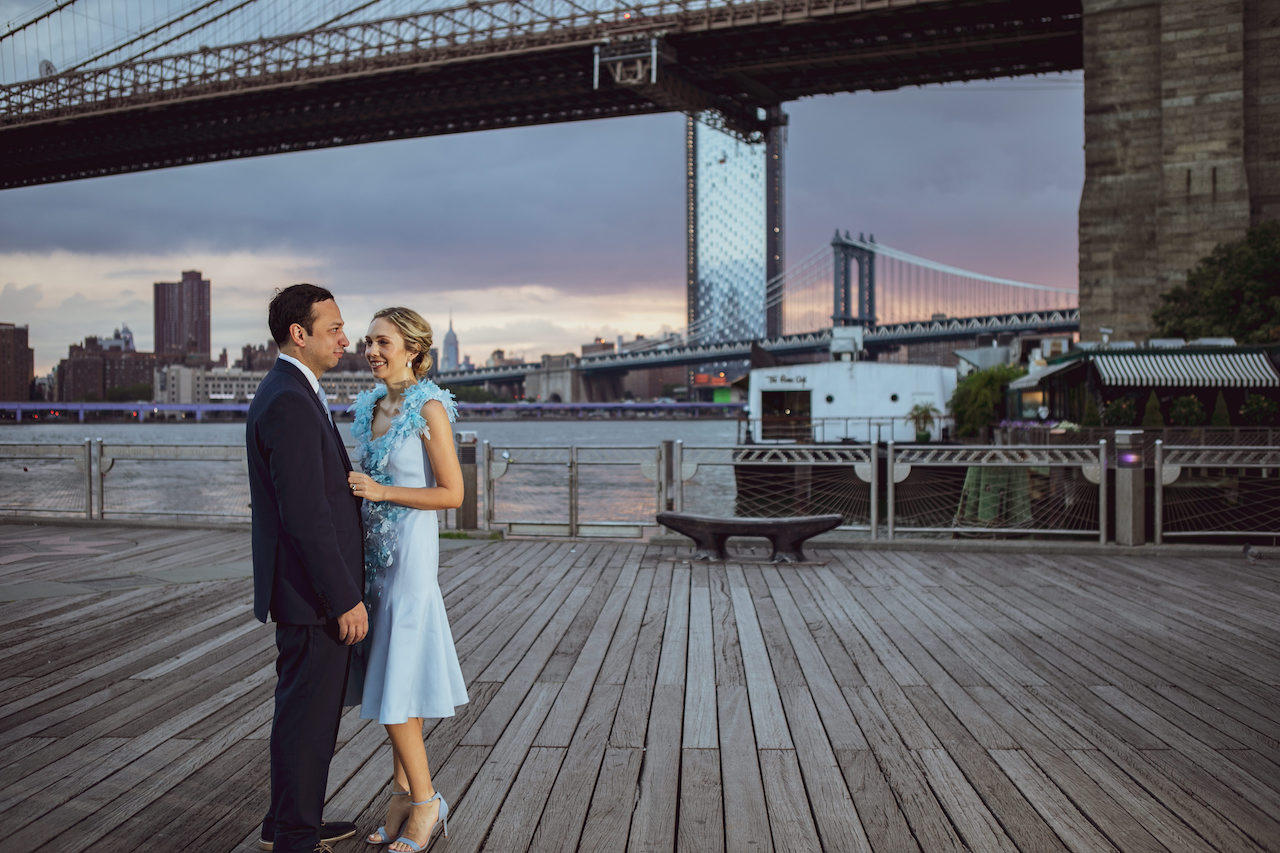 Engagement photos in front Brooklyn Bridge at Sunrise | Brooklyn Bridge Anniversary Session | Brooklyn Bridge Wedding Photos