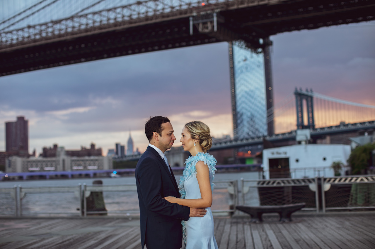 Anniversary photos in front of the Brooklyn Bridge at Sunrise | Brooklyn Bridge Anniversary Session | Brooklyn Bridge Wedding Photos | Early morning Brooklyn Bridge engaement photo session