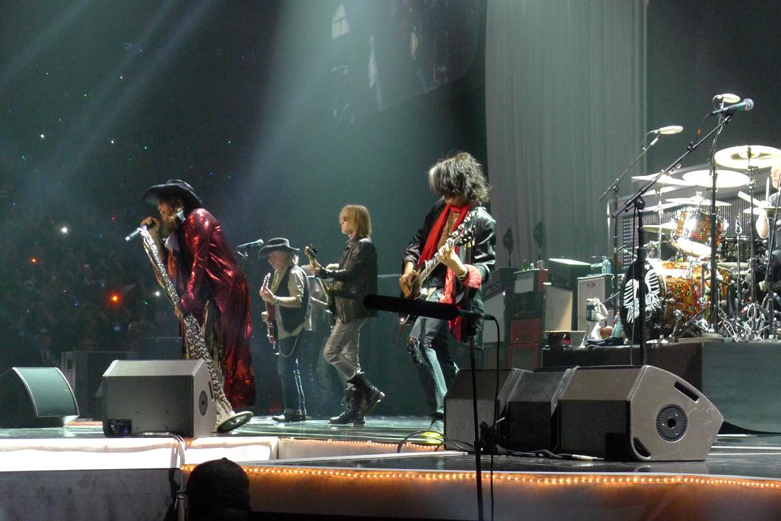 Aerosmith_RedCoat_web.png