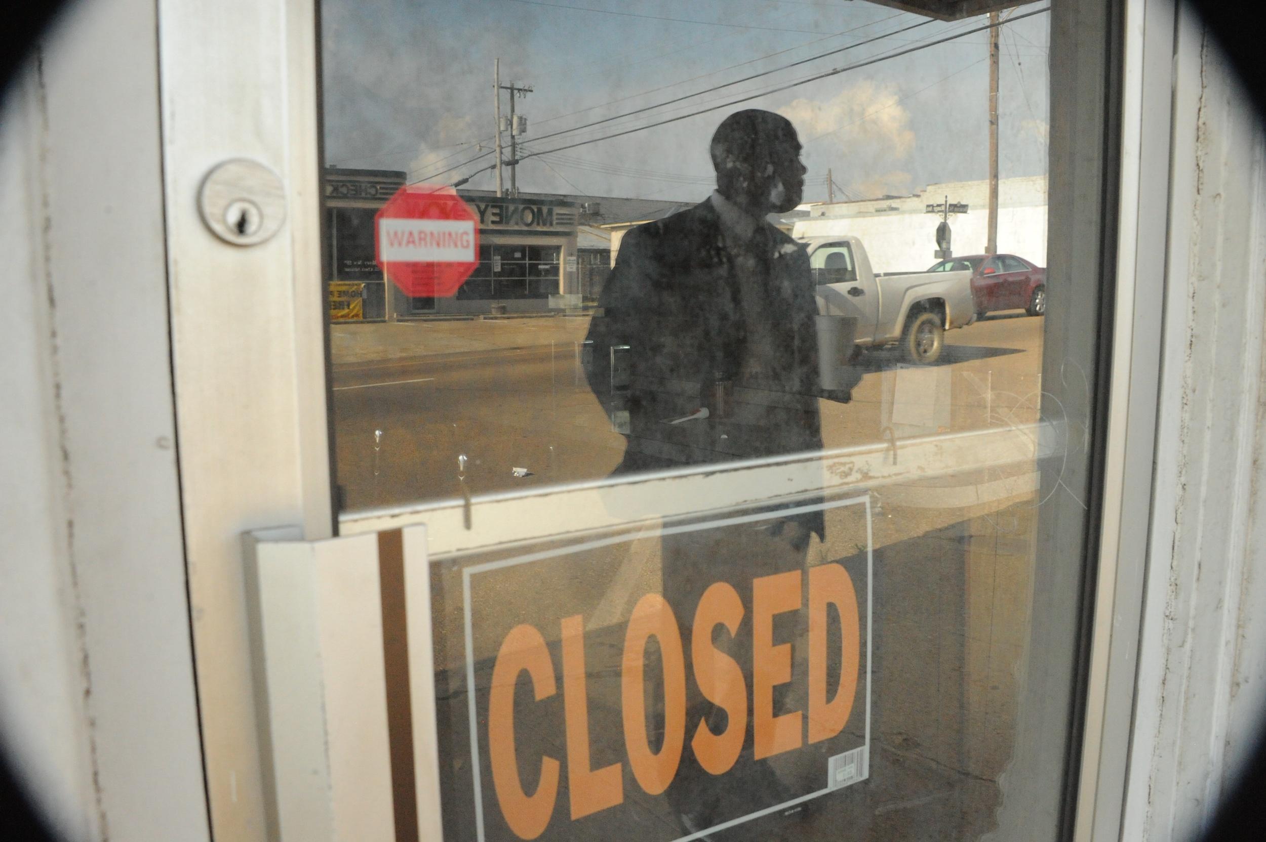 Philadelphia MS closed diner Leroy Clemons 8053.jpg