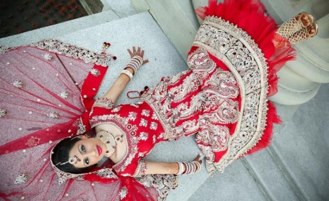 Sonia Sajnani-Indian make up-style bar-edmonton-yeg-wedding-3.jpg