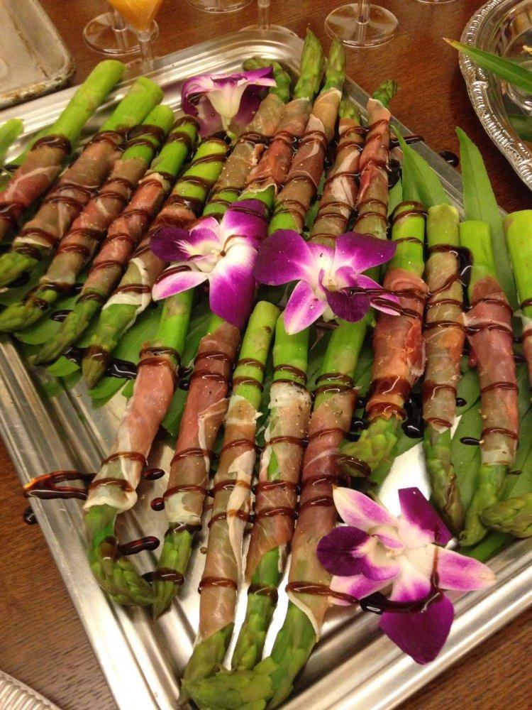 Prosciutto wrapped asparagus.jpg