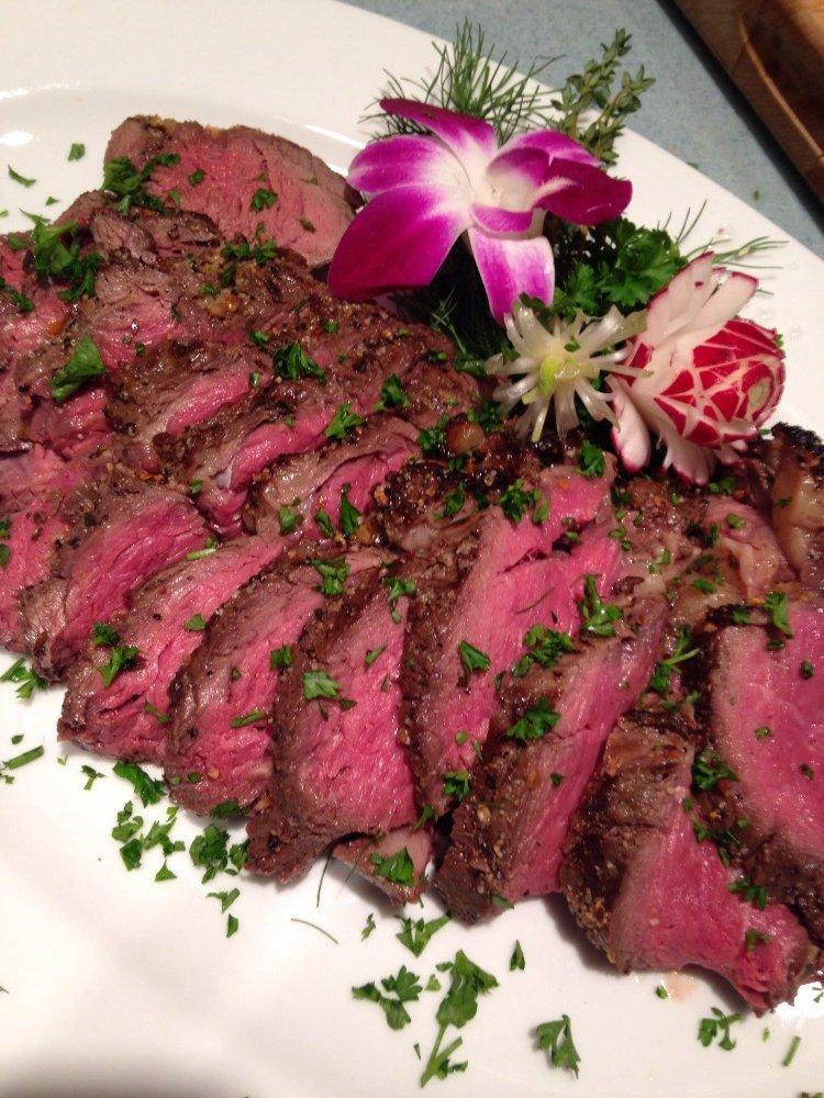 Sliced beef tenderloin.jpg
