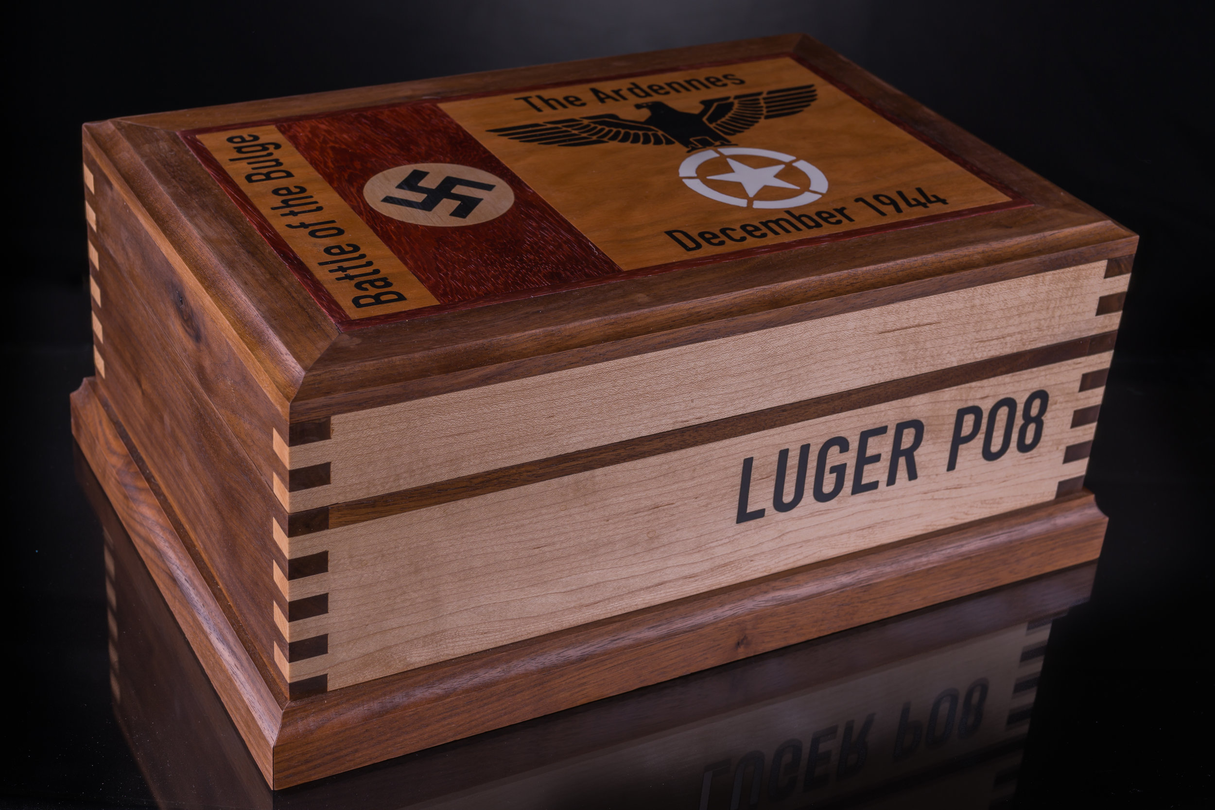 Custom Historical Displays Luger-05539.jpg