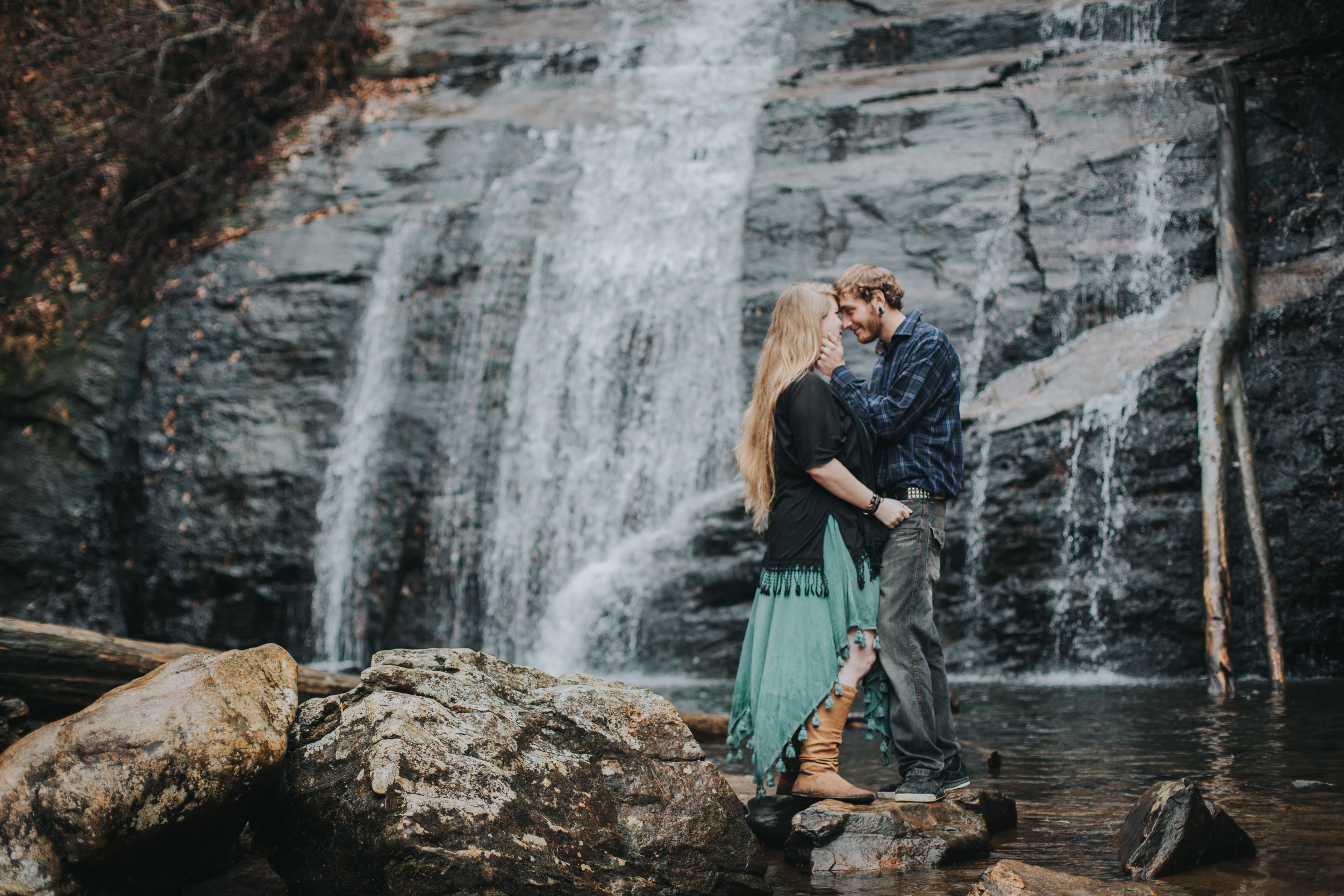 Georgia-Waterfall-Outdoor-Couple-Engagement-3.jpg
