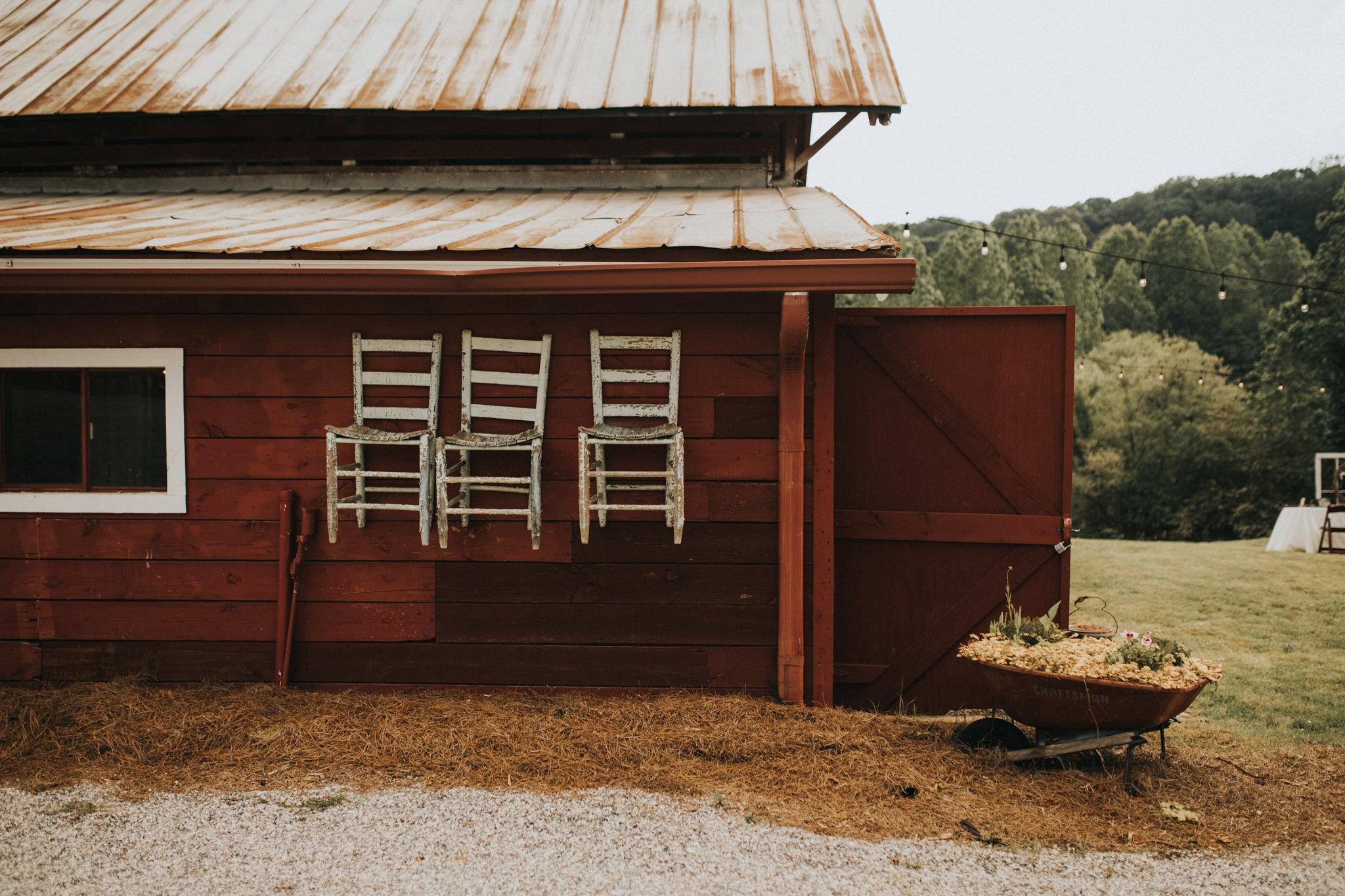 KateMatt-North-Georgia-Wedding-Photographer-Mountain-Laurel-Farm-78.jpg