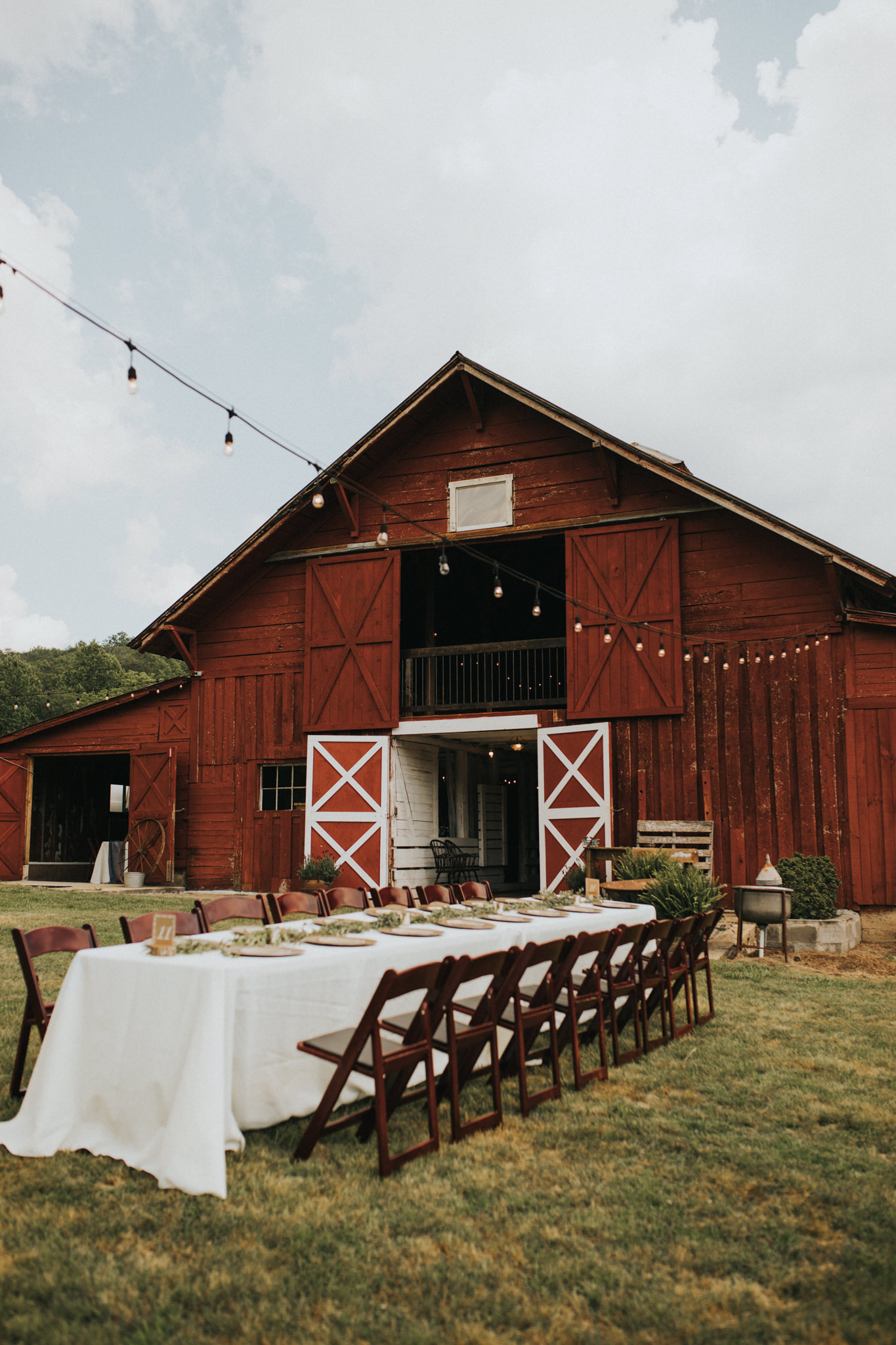 KateMatt-North-Georgia-Wedding-Photographer-Mountain-Laurel-Farm-63.jpg