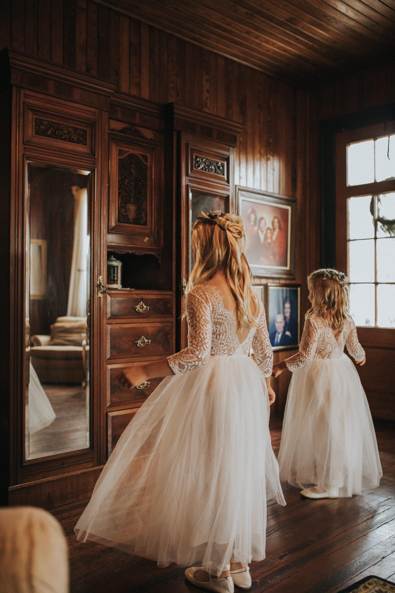 KateMatt-North-Georgia-Wedding-Photographer-Mountain-Laurel-Farm-28.jpg
