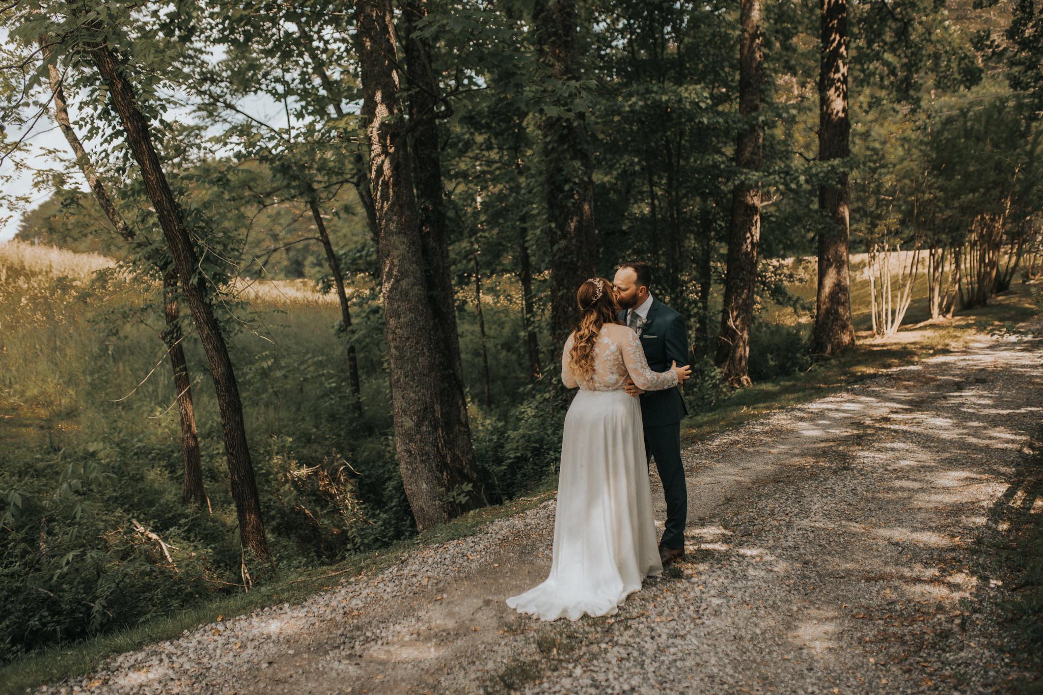 KateMatt-North-Georgia-Wedding-Photographer-Mountain-Laurel-Farm-44.jpg