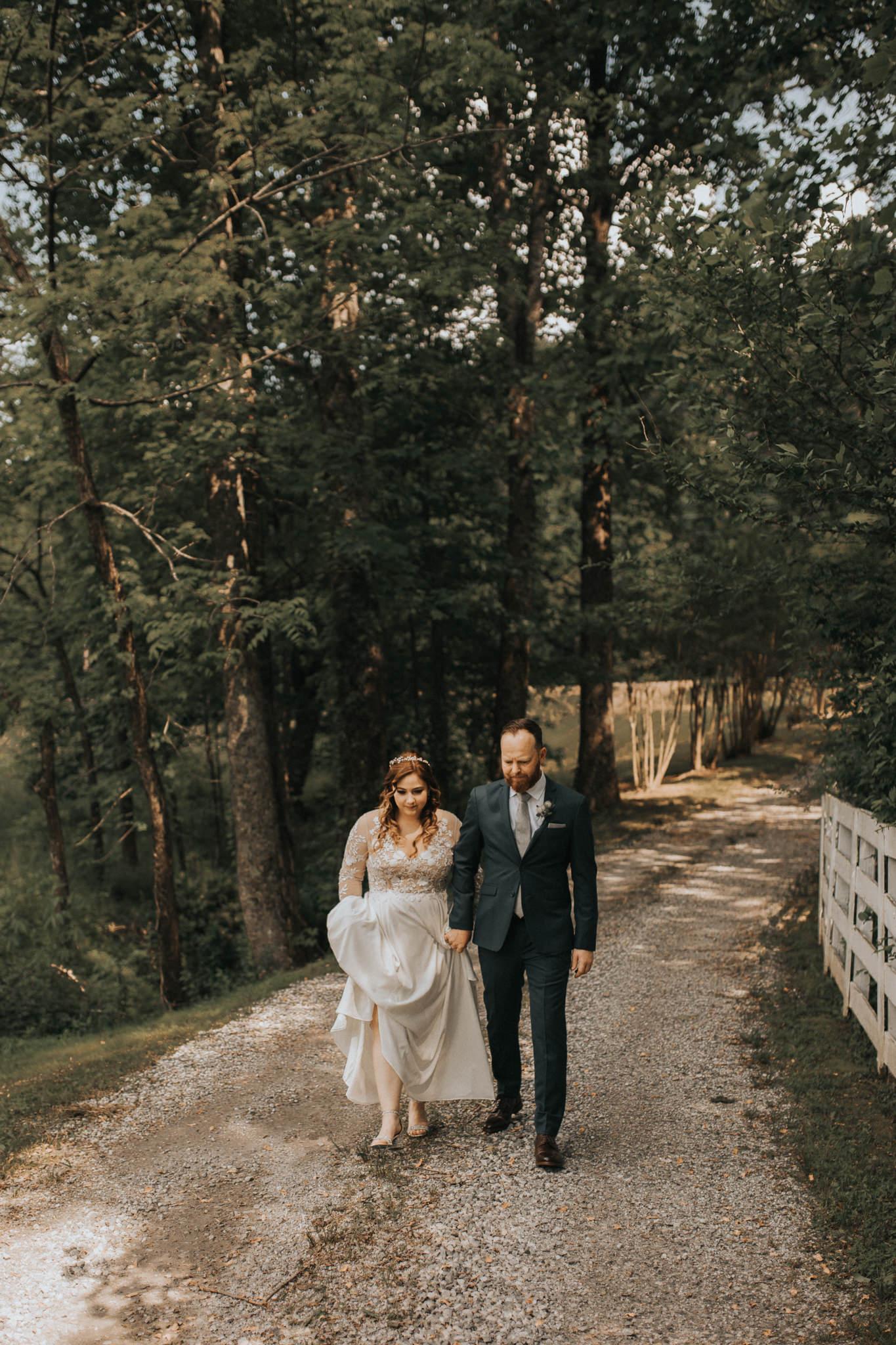 KateMatt-North-Georgia-Wedding-Photographer-Mountain-Laurel-Farm-46.jpg