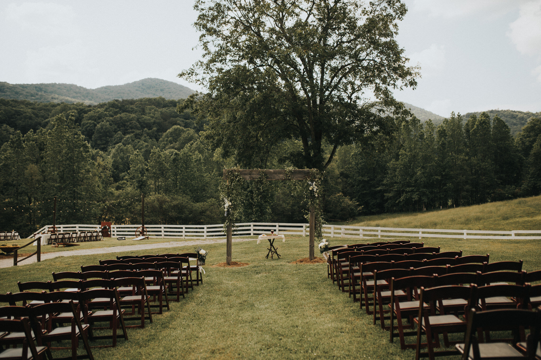 KateMatt-North-Georgia-Wedding-Photographer-Mountain-Laurel-Farm-73.jpg
