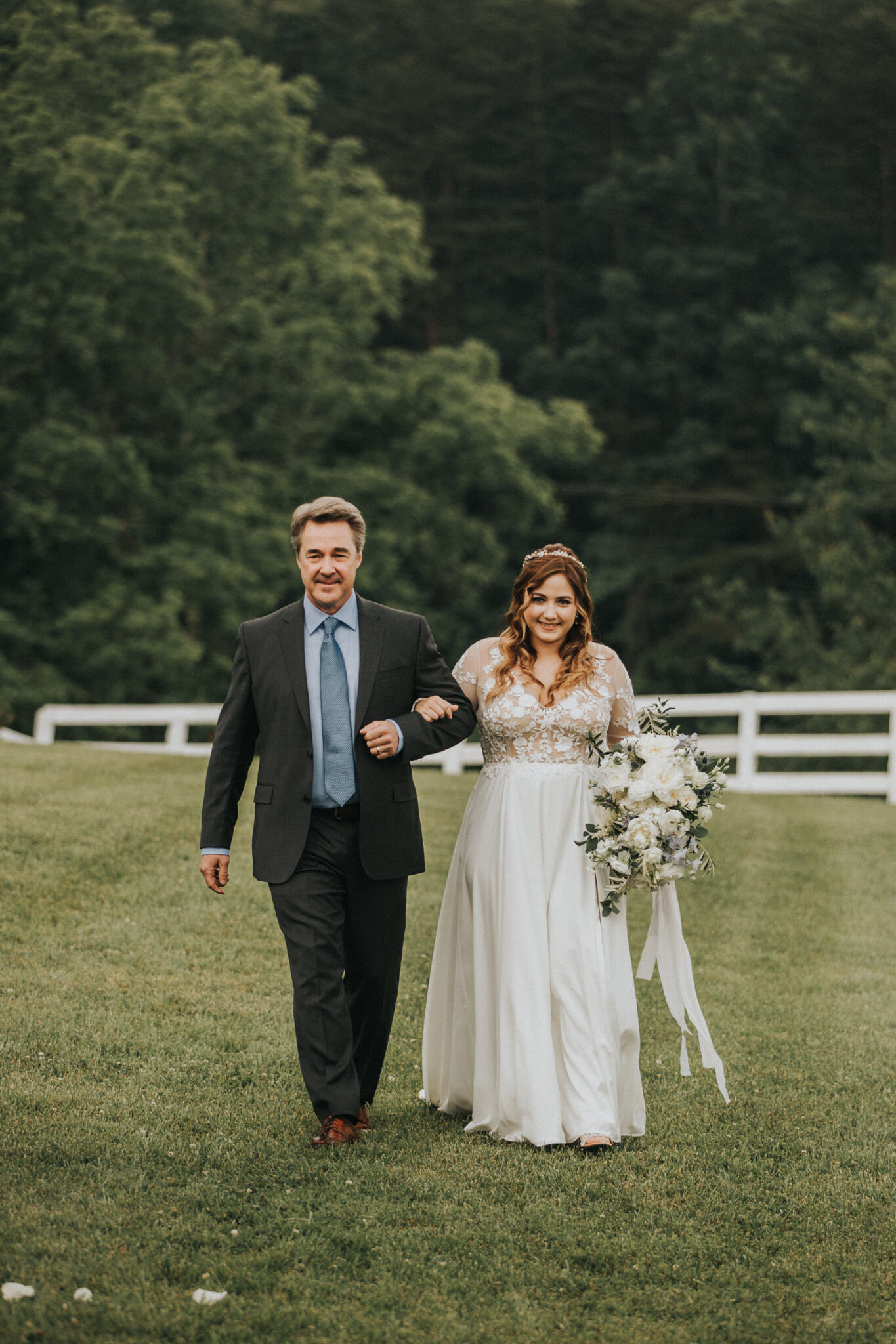 KateMatt-North-Georgia-Wedding-Photographer-Mountain-Laurel-Farm-98.jpg