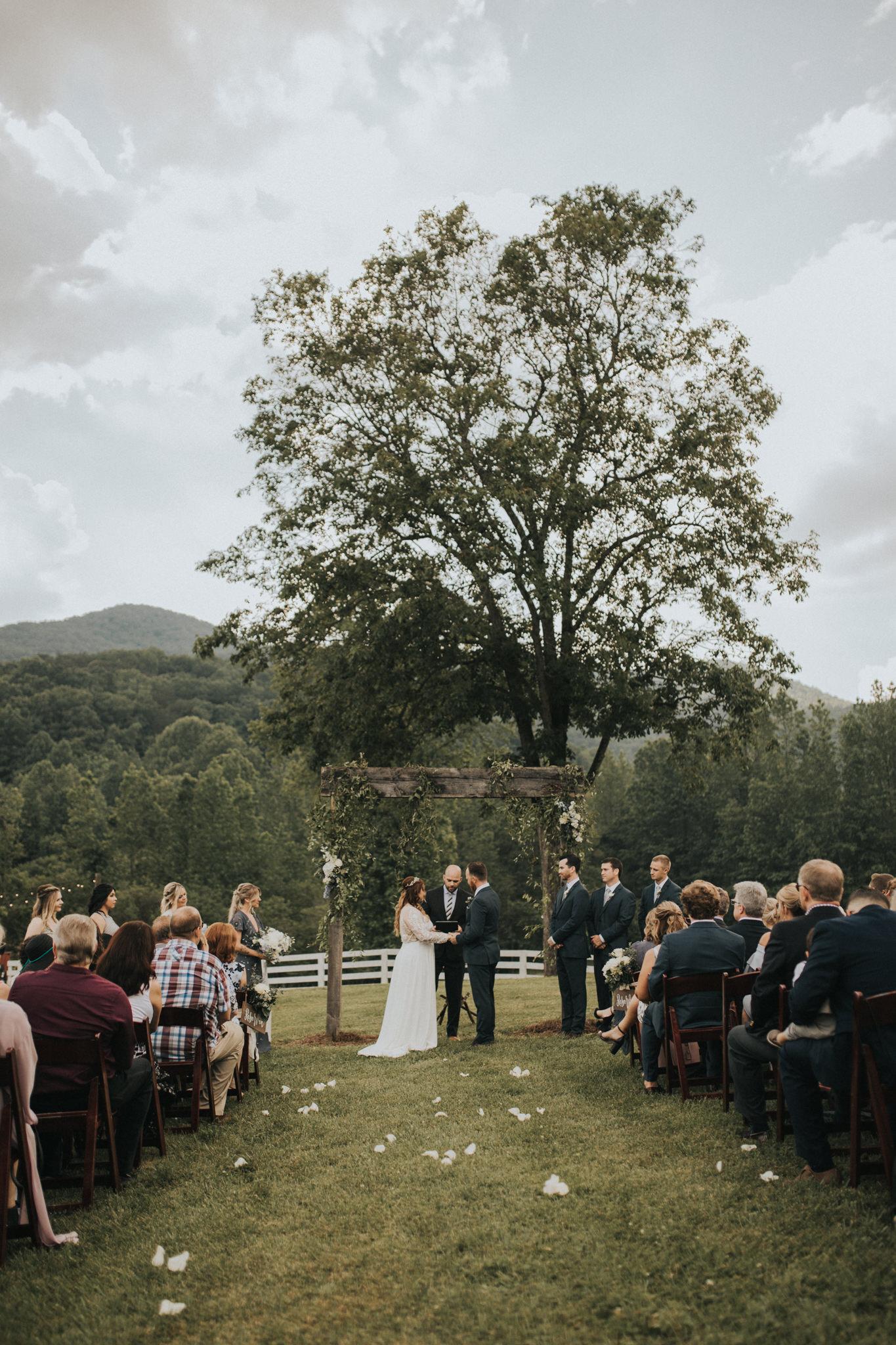 KateMatt-North-Georgia-Wedding-Photographer-Mountain-Laurel-Farm-104.jpg