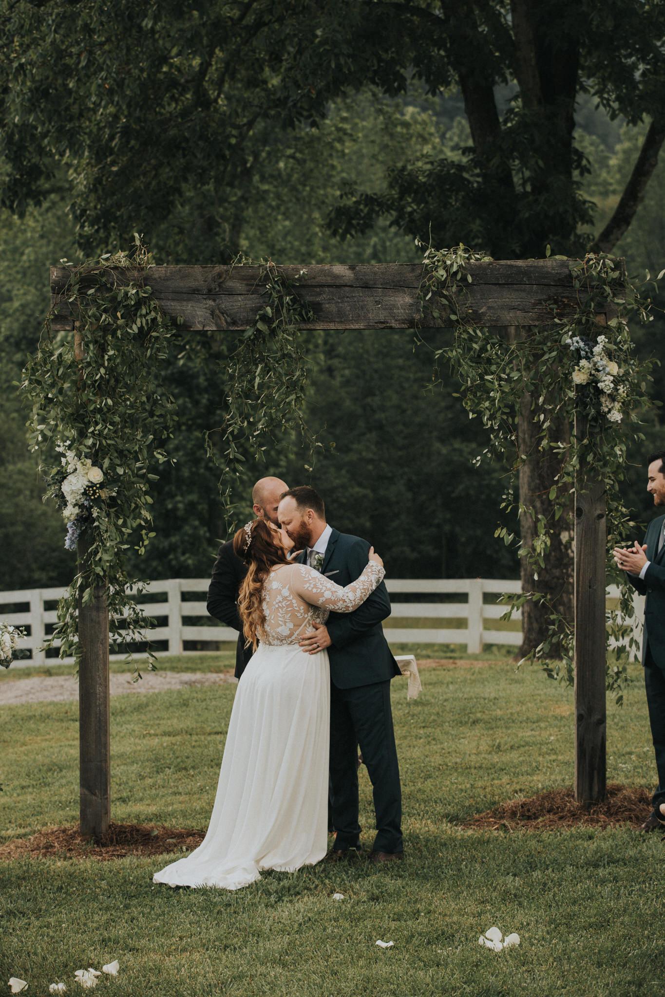 KateMatt-North-Georgia-Wedding-Photographer-Mountain-Laurel-Farm-112.jpg