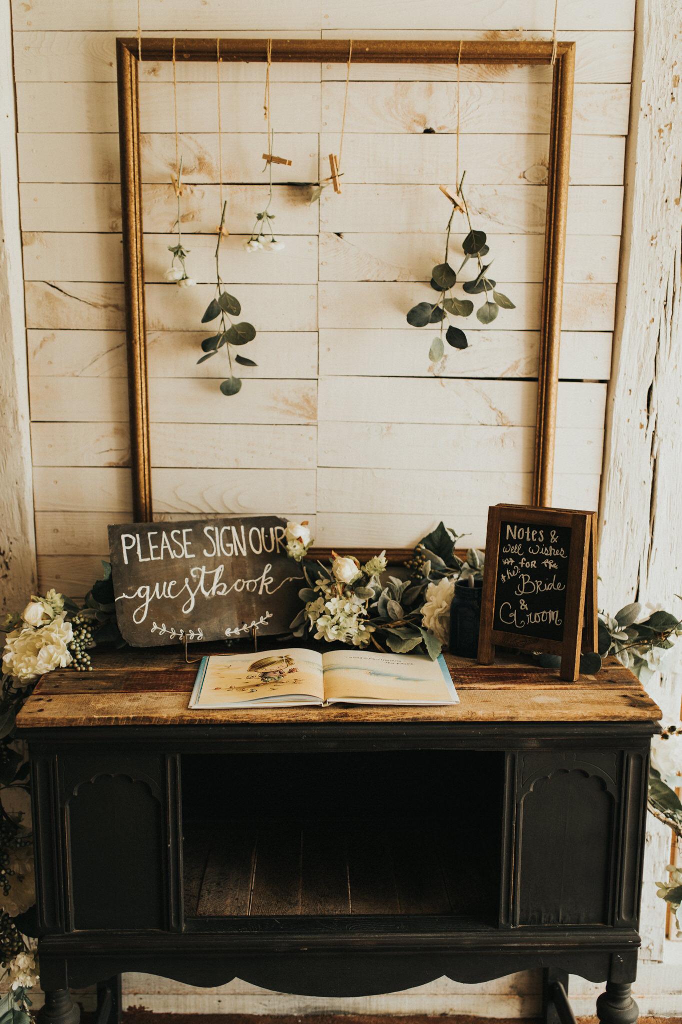 KateMatt-North-Georgia-Wedding-Photographer-Mountain-Laurel-Farm-68.jpg