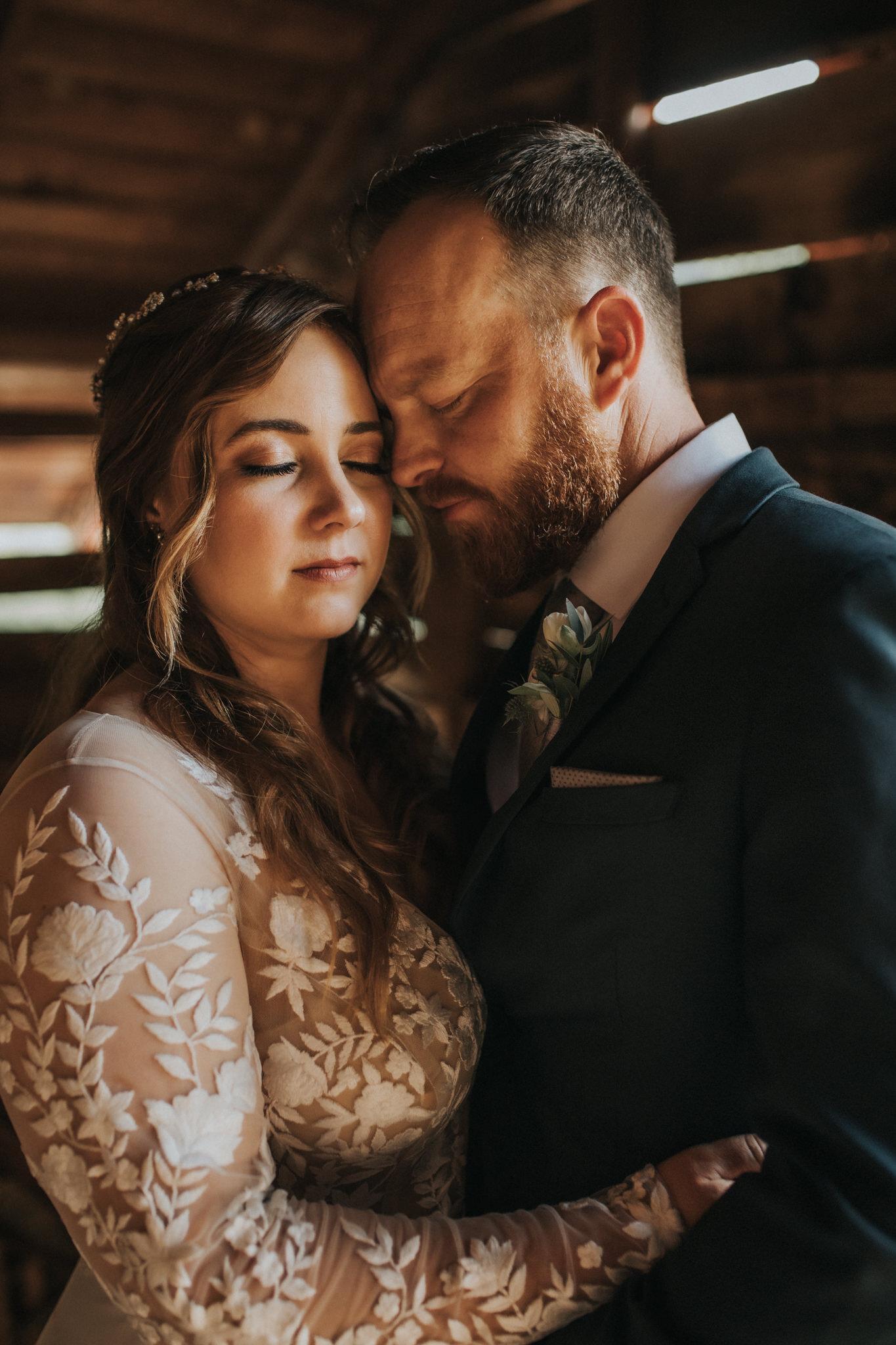 KateMatt-North-Georgia-Wedding-Photographer-Mountain-Laurel-Farm-120.jpg