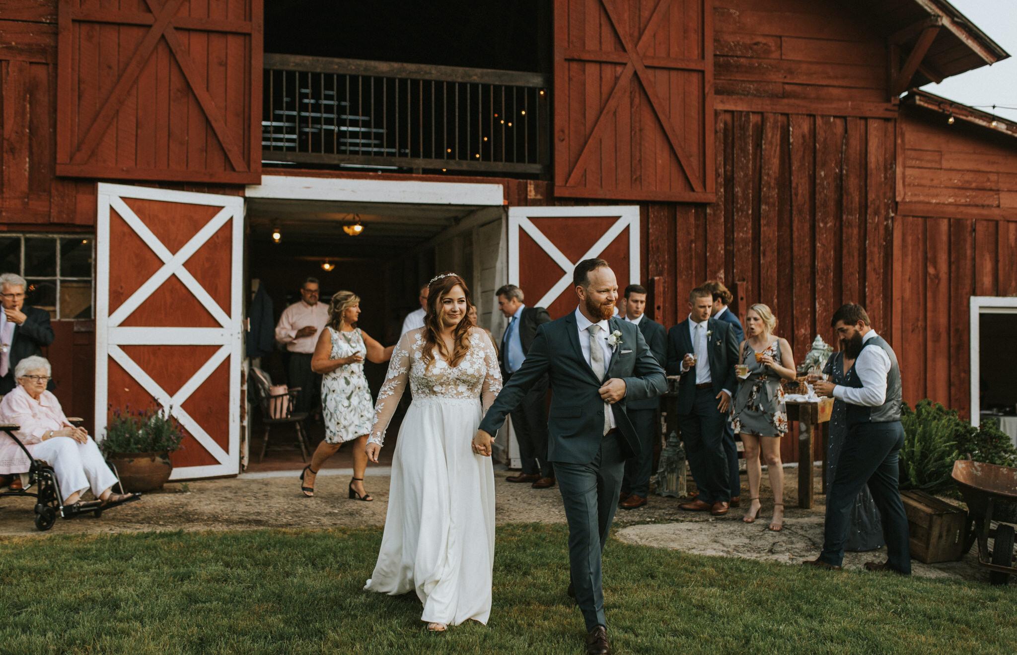 KateMatt-North-Georgia-Wedding-Photographer-Mountain-Laurel-Farm-122.jpg